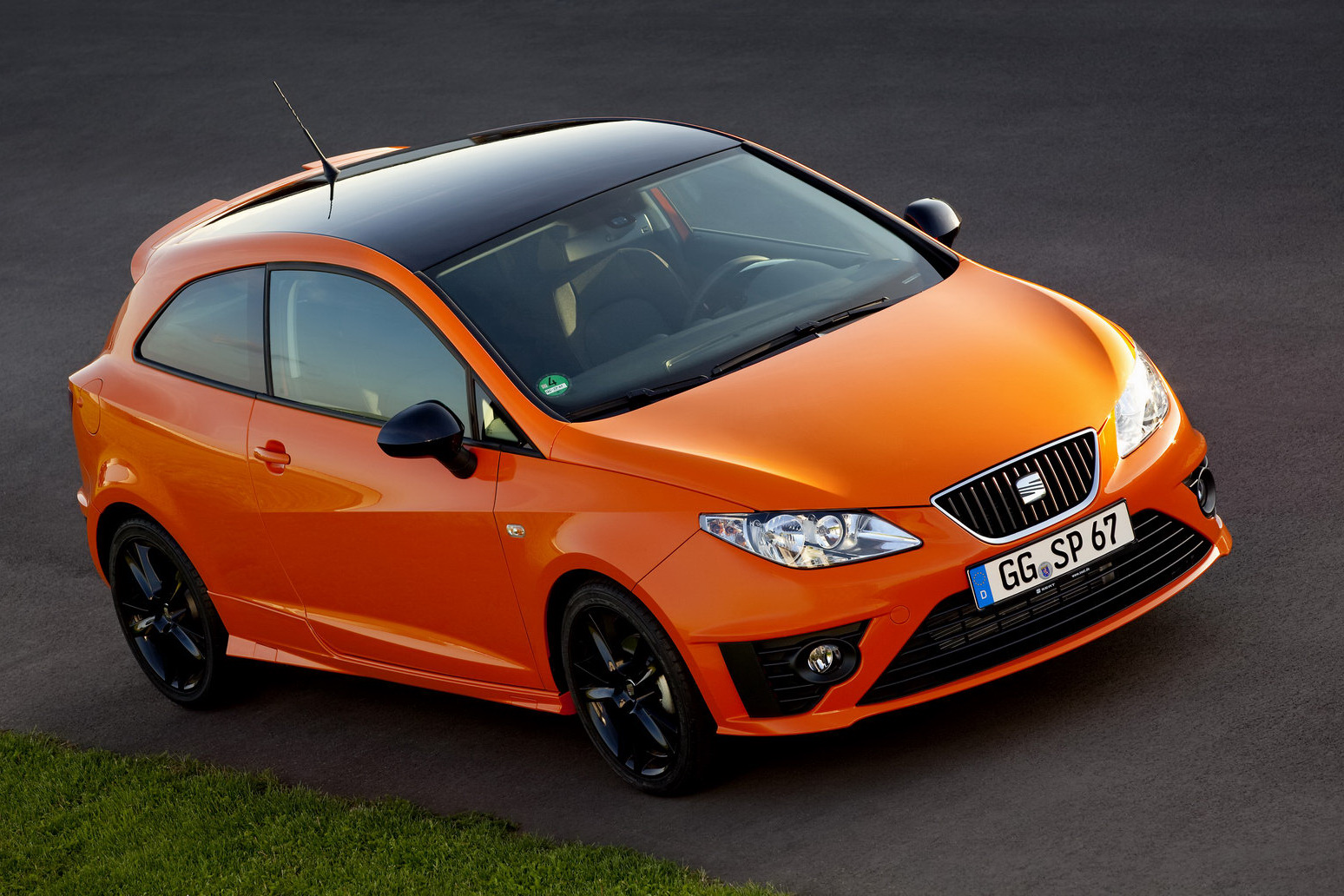 2010 seat ibiza sc sport limited edition review top speed. Black Bedroom Furniture Sets. Home Design Ideas