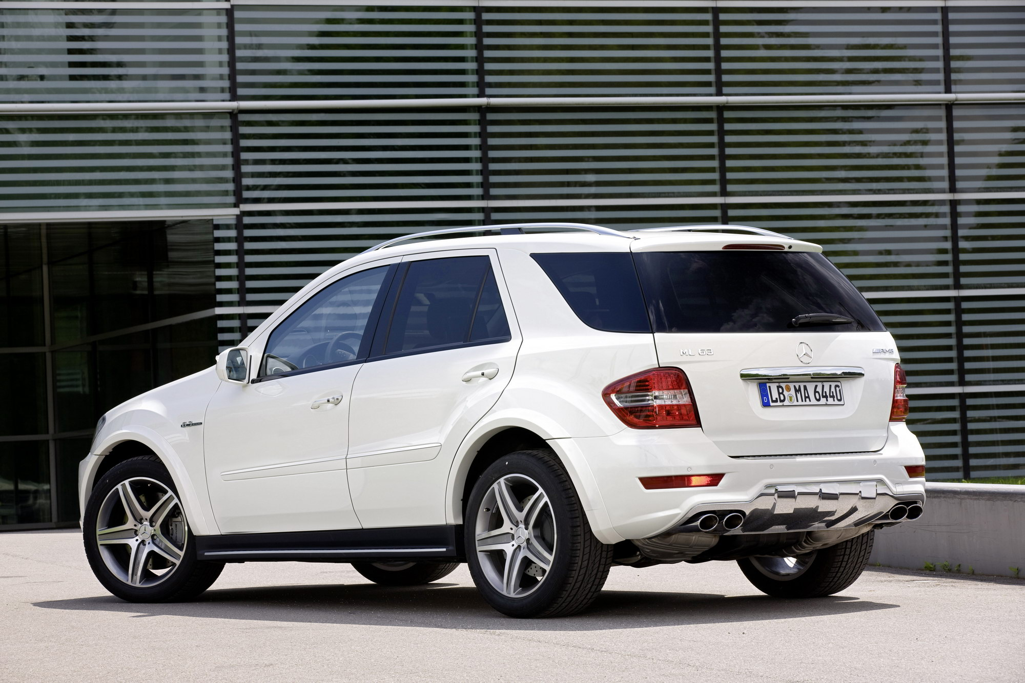 2011 Mercedes Ml63 Amg Top Speed