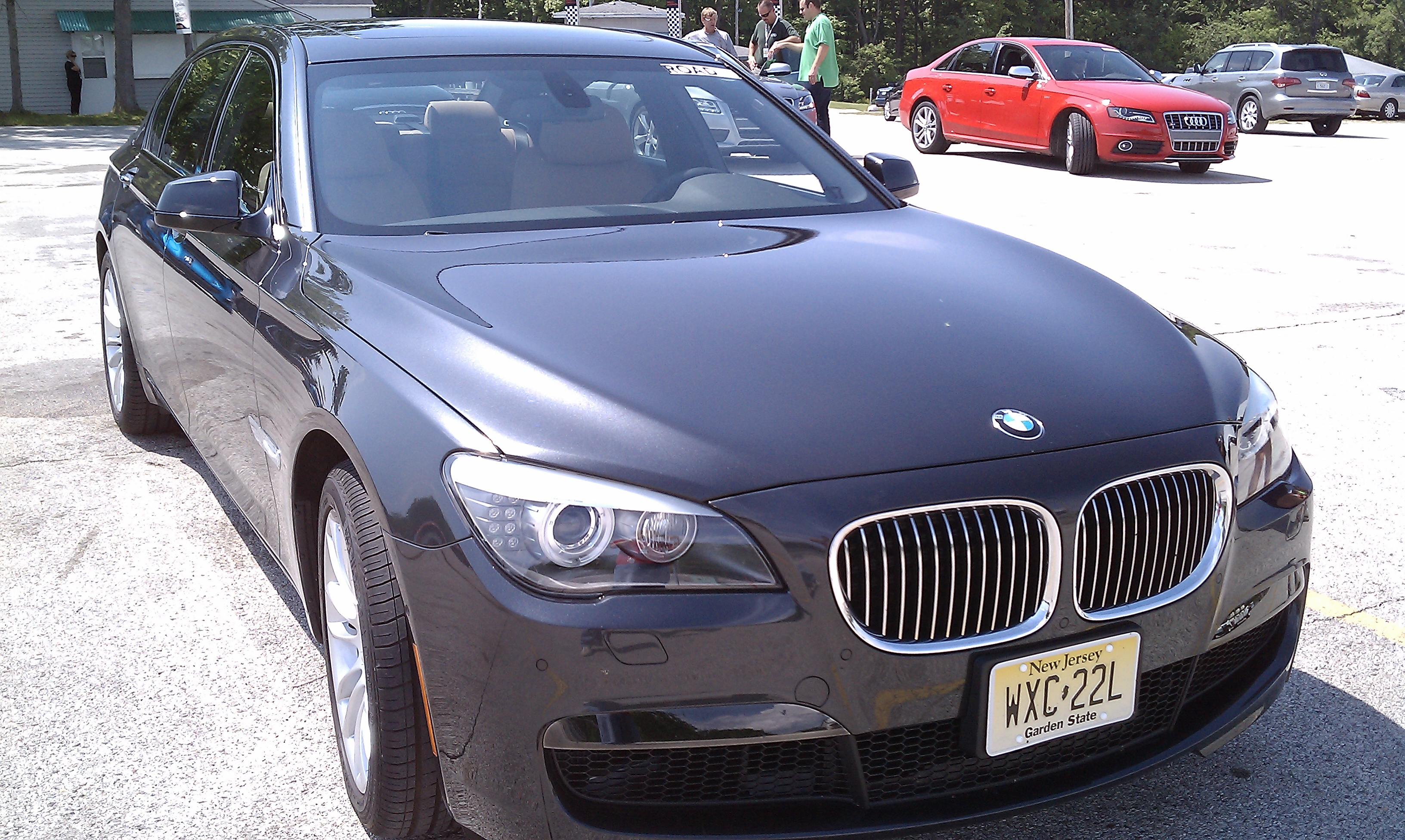 Review 2011 BMW 740Li
