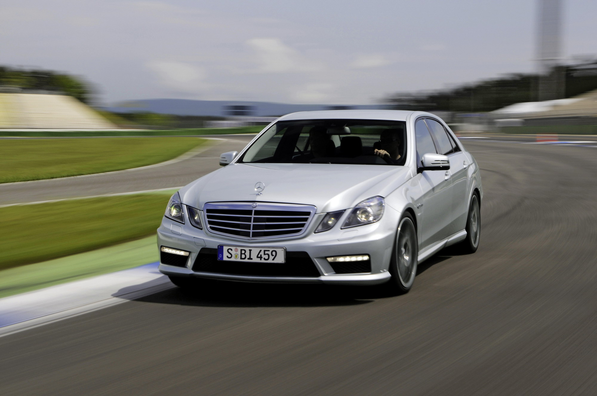 2011 Mercedes E63 Amg Top Speed