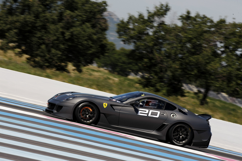 Matte Black And Black Gray Ferrari 599XX Captured | Top Speed. »