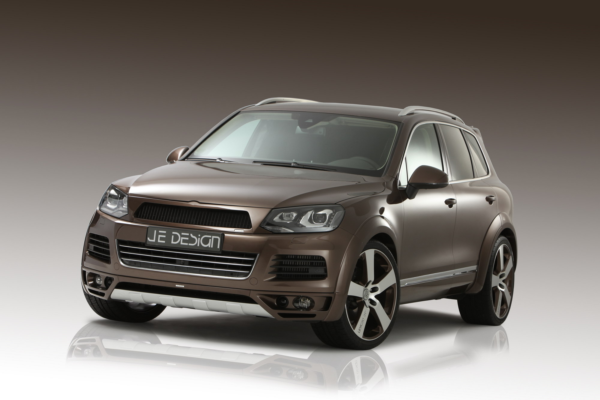 2010 volkswagen touareg by je design review gallery. Black Bedroom Furniture Sets. Home Design Ideas