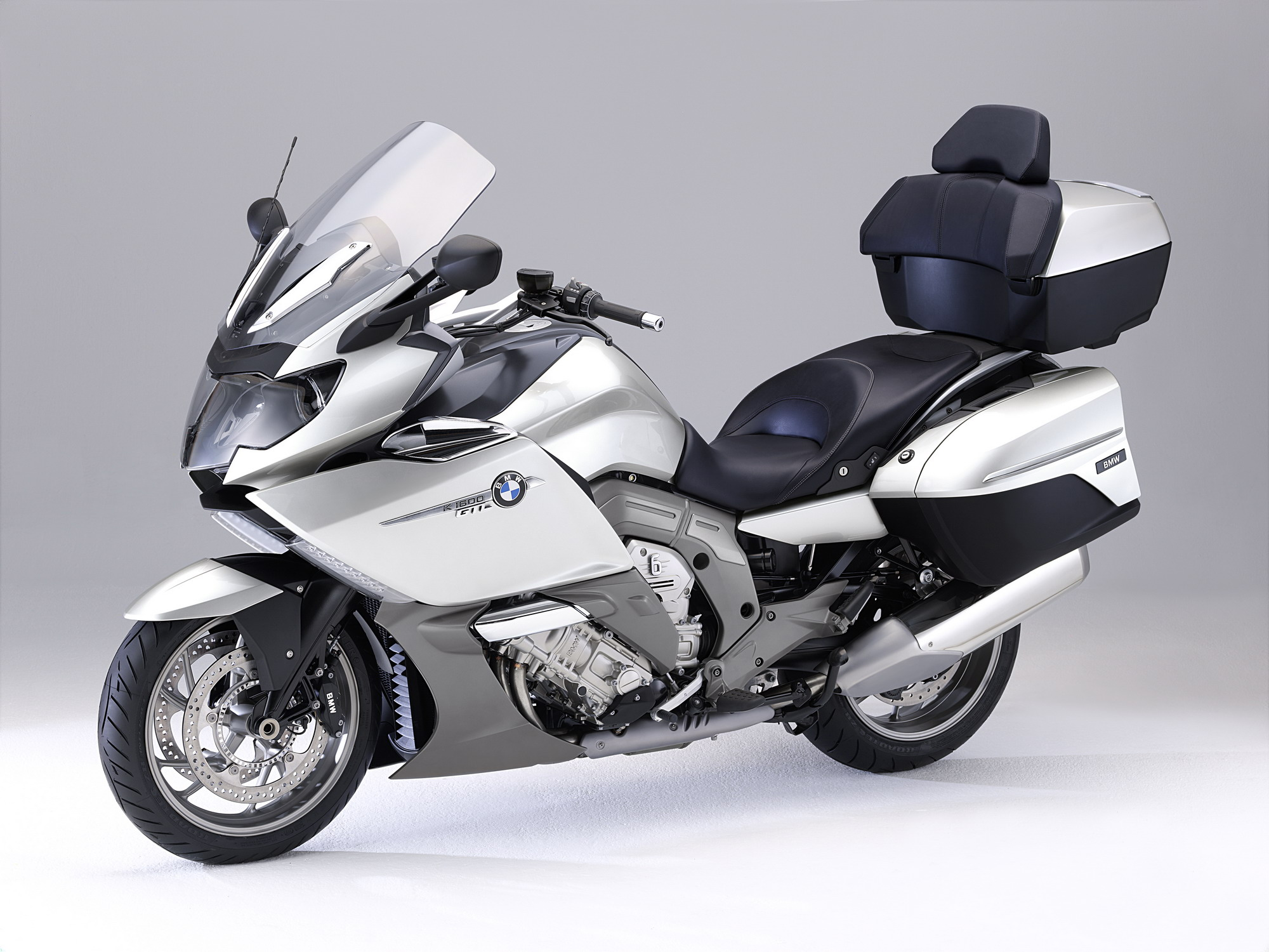 2012 bmw k 1600 gt and k 1600 gtl gallery 376643 top speed. Black Bedroom Furniture Sets. Home Design Ideas