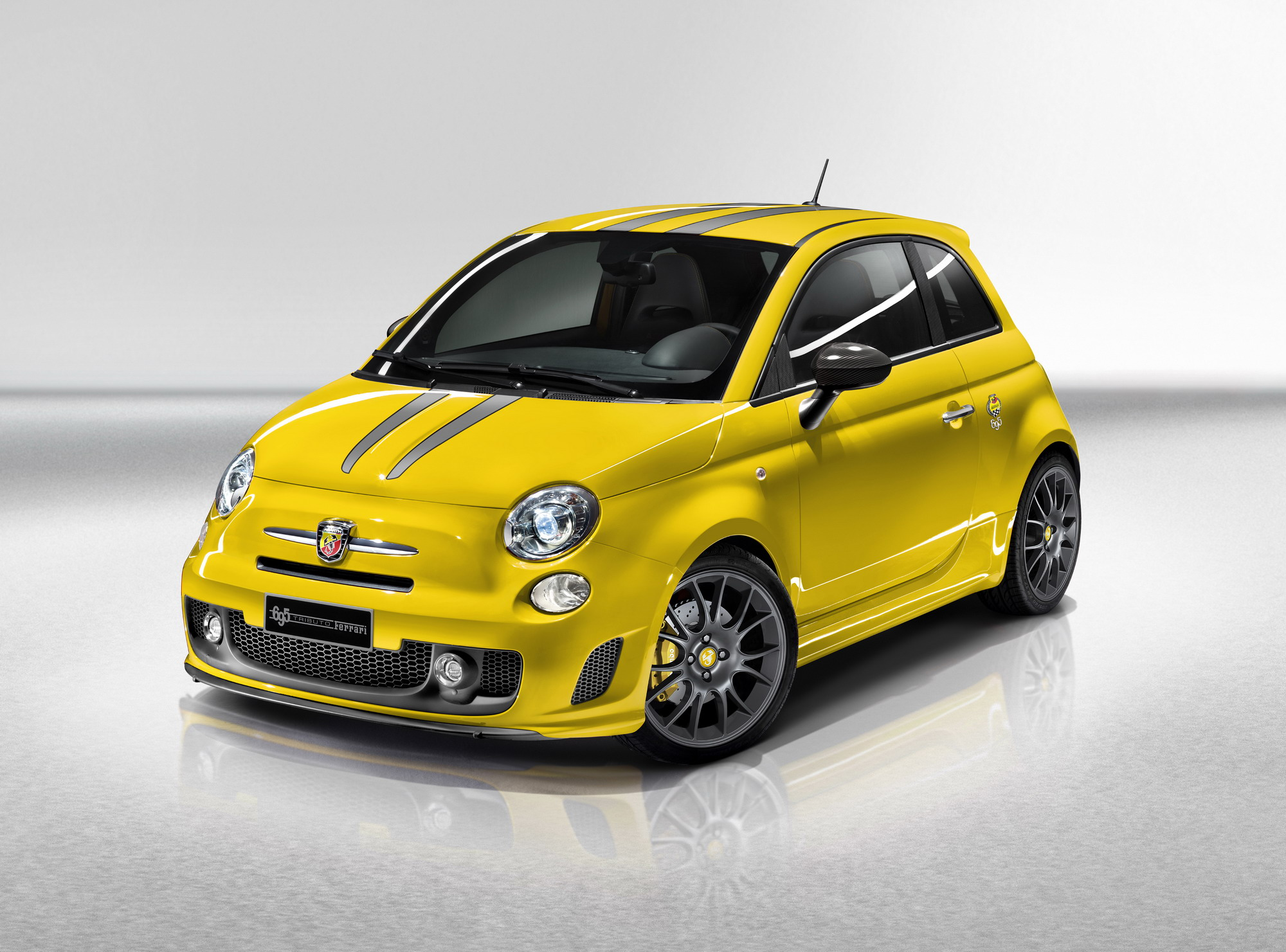 2010 Fiat Abarth 695 Tributo Ferrari | Top Sd