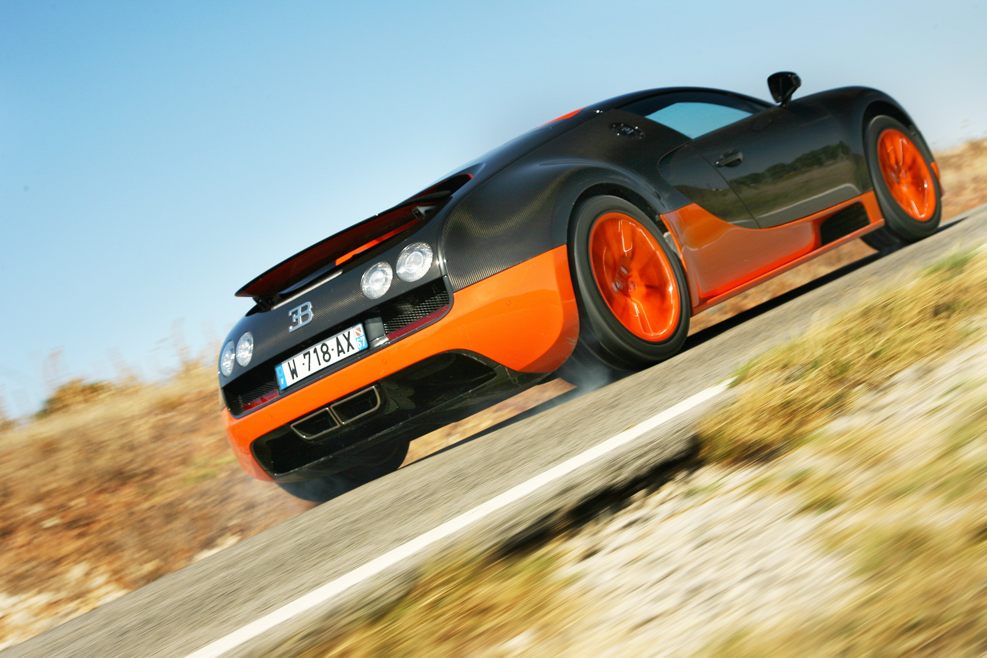 2011 Bugatti Veyron 16.4 Super Sport Review - Top Speed