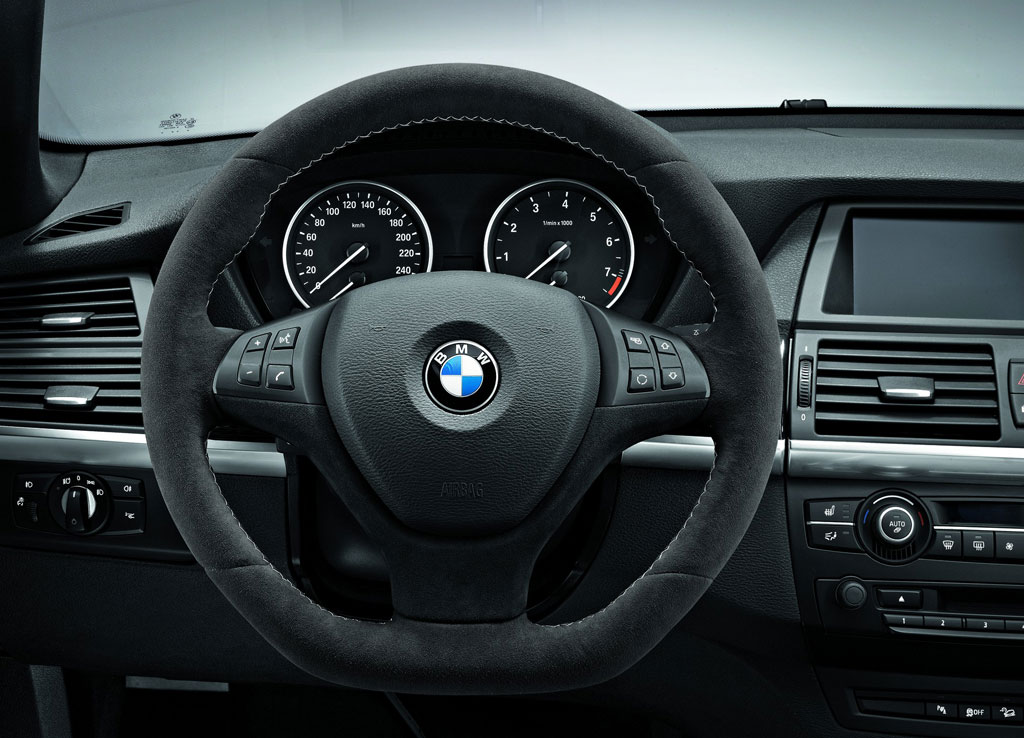 2011 bmw x5 performance accessories review top speed. Black Bedroom Furniture Sets. Home Design Ideas
