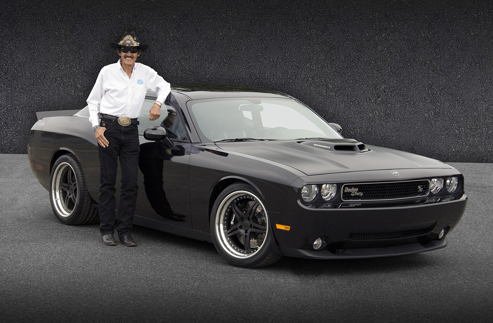 Challenger Shaker For Sale >> 2010 Dodge Challenger Richard Petty Signature Series | Top Speed