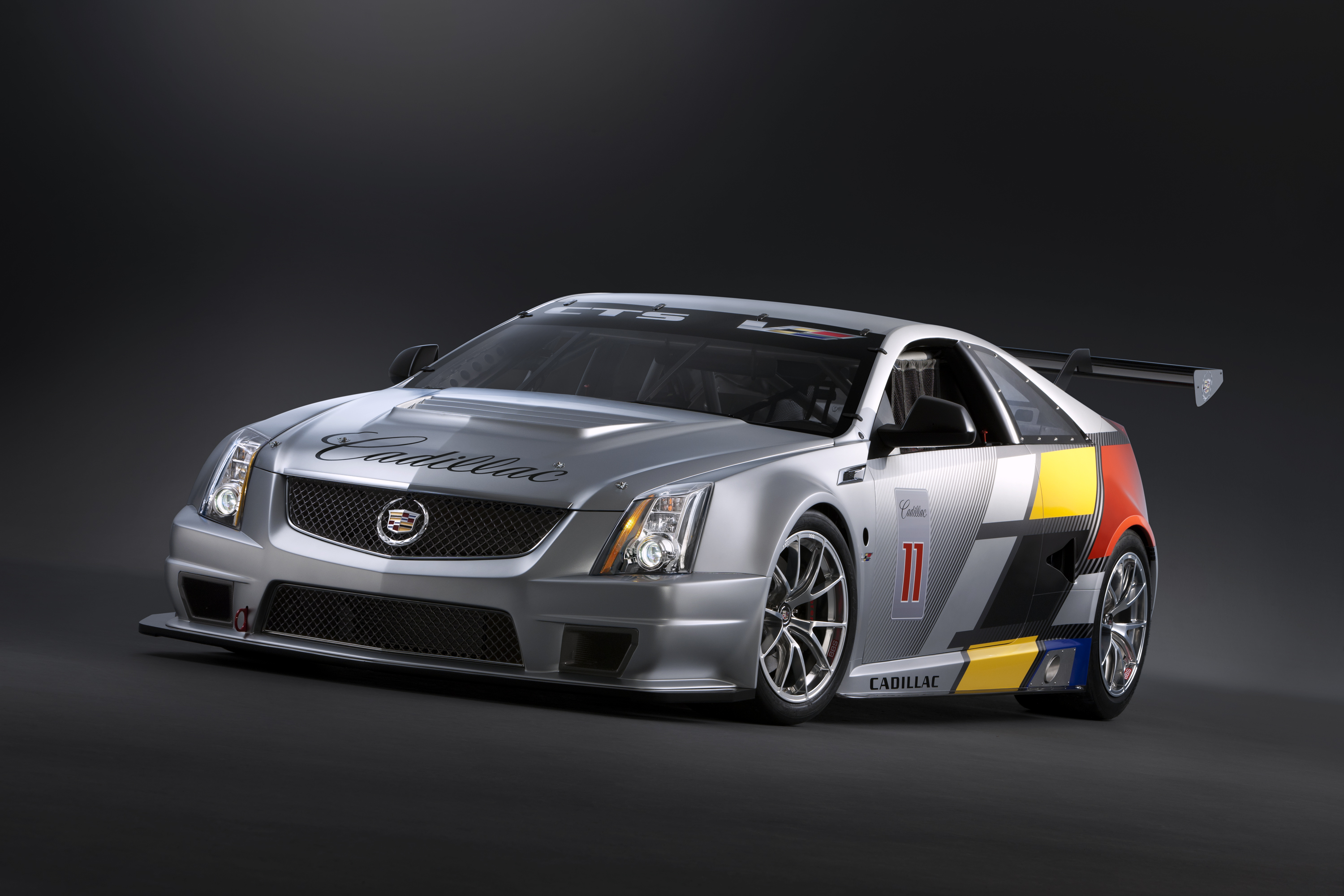 2011 cadillac cts v coupe race car review gallery 388370 top speed. Black Bedroom Furniture Sets. Home Design Ideas