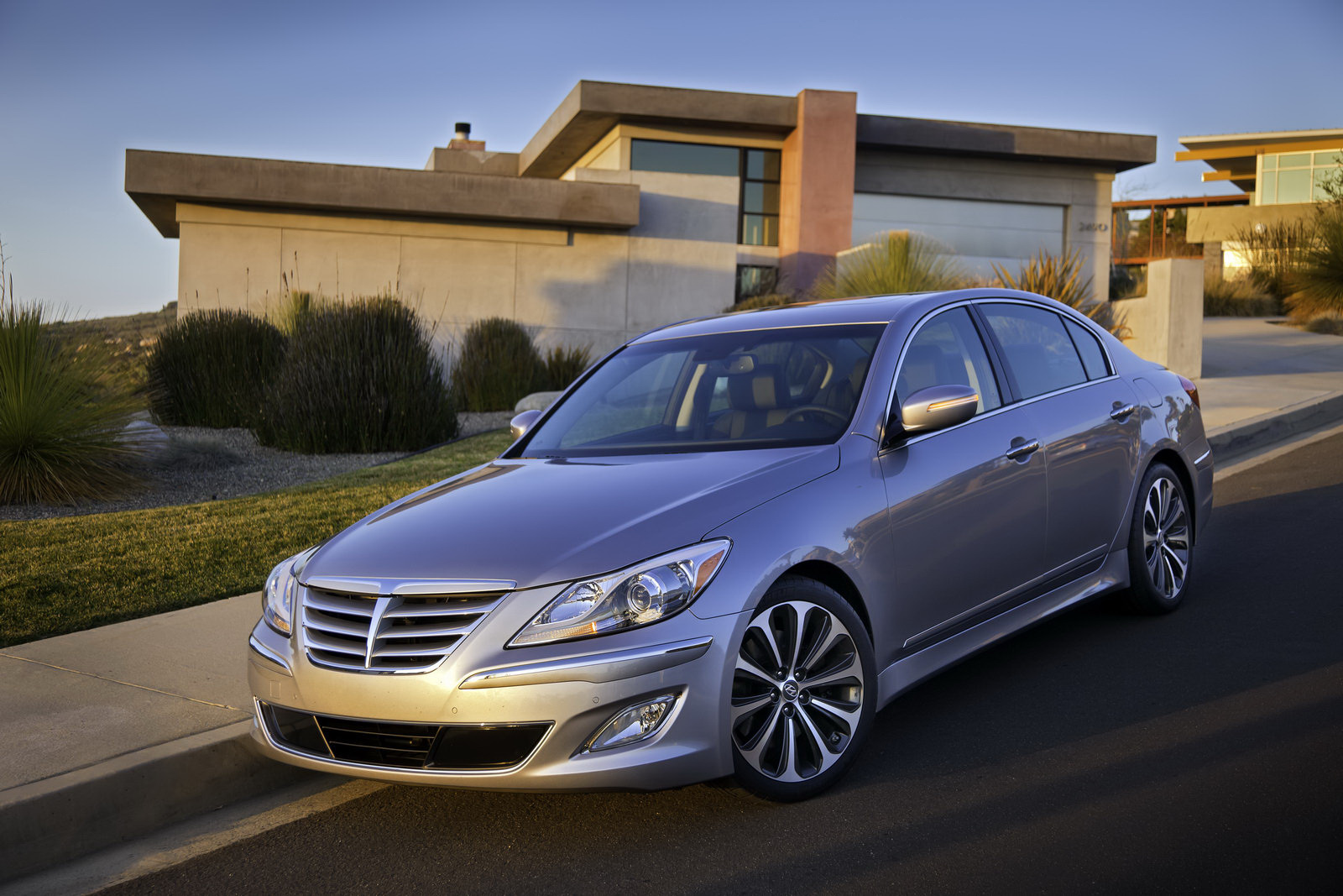2012 hyundai genesis r spec review top speed. Black Bedroom Furniture Sets. Home Design Ideas
