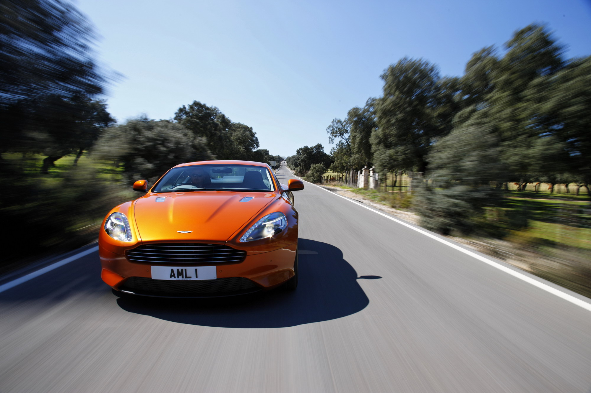 2012 aston martin virage review top speed. Black Bedroom Furniture Sets. Home Design Ideas
