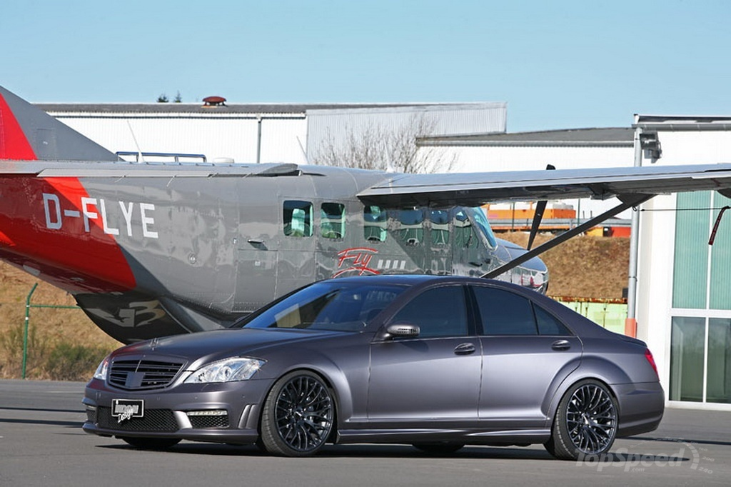 http://pictures.topspeed.com/IMG/jpg/201103/mercedes-s500-by-ind-1w.jpg