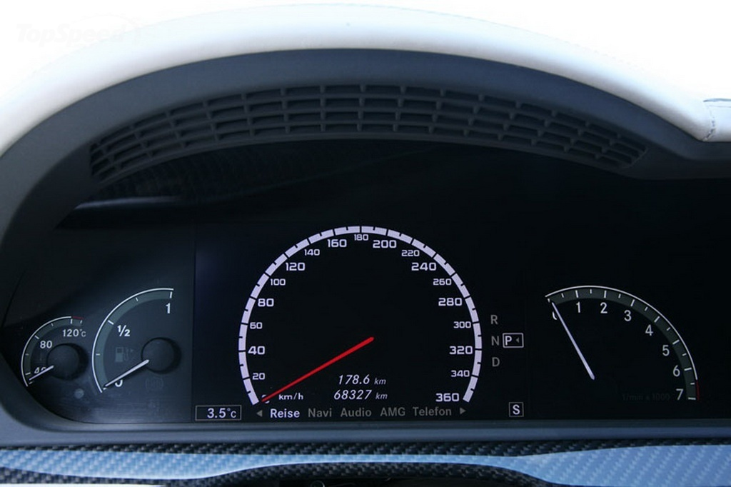 http://pictures.topspeed.com/IMG/jpg/201103/mercedes-s500-by-ind-20w.jpg
