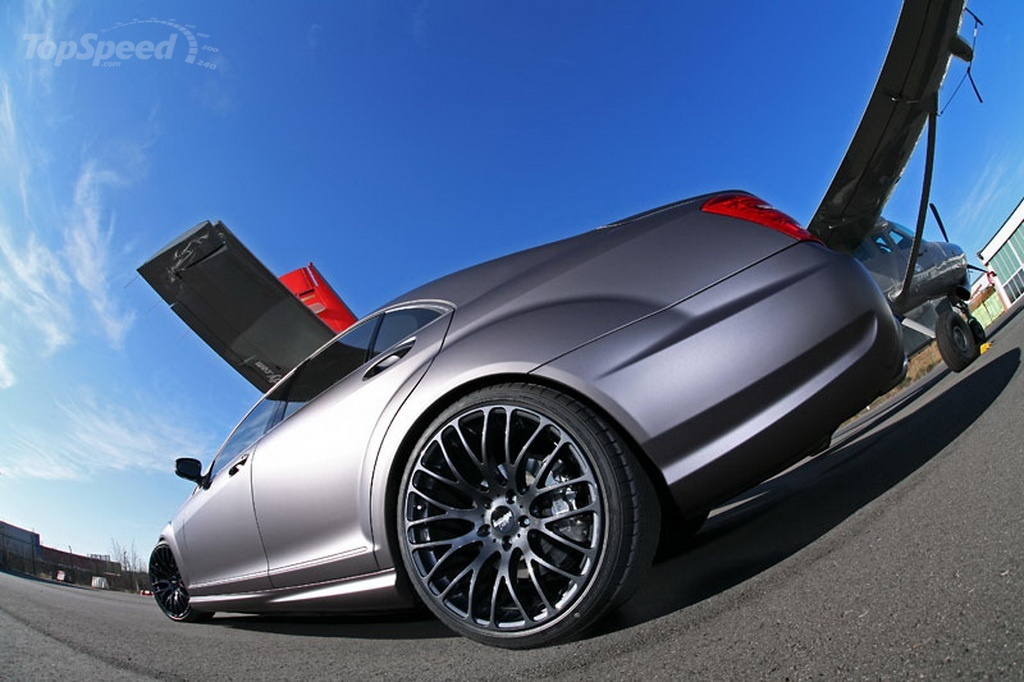 http://pictures.topspeed.com/IMG/jpg/201103/mercedes-s500-by-ind-3w.jpg