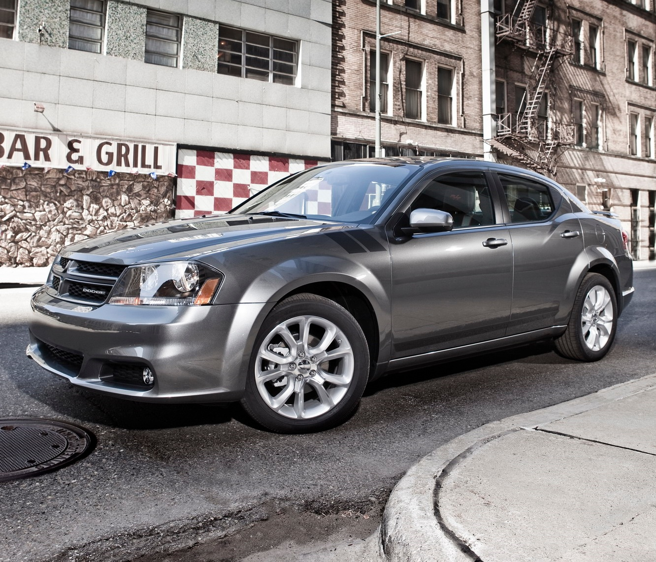 2011 Dodge Avenger R/T Review