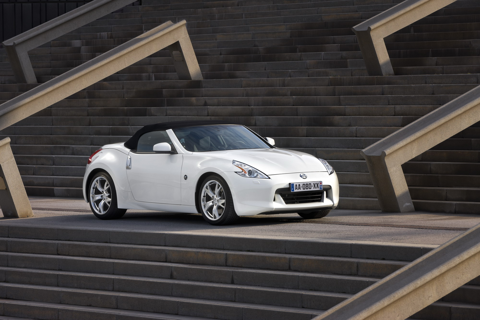 original info test reviews and instrumented touring photos news roadster nissan concept convertible nismo car s driver photo