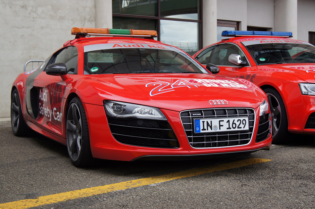 2011 Audi R8 Safety Car Review Top Speed