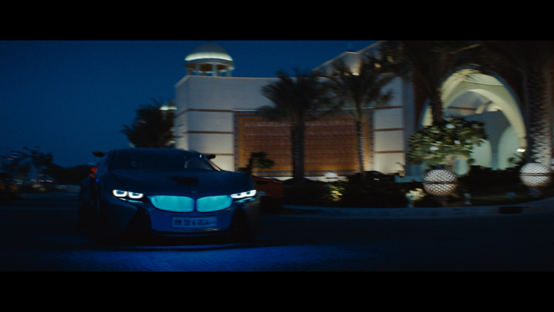 Bmw Vision Efficientdynamics Stars In Mission Impossible 4 Ghost