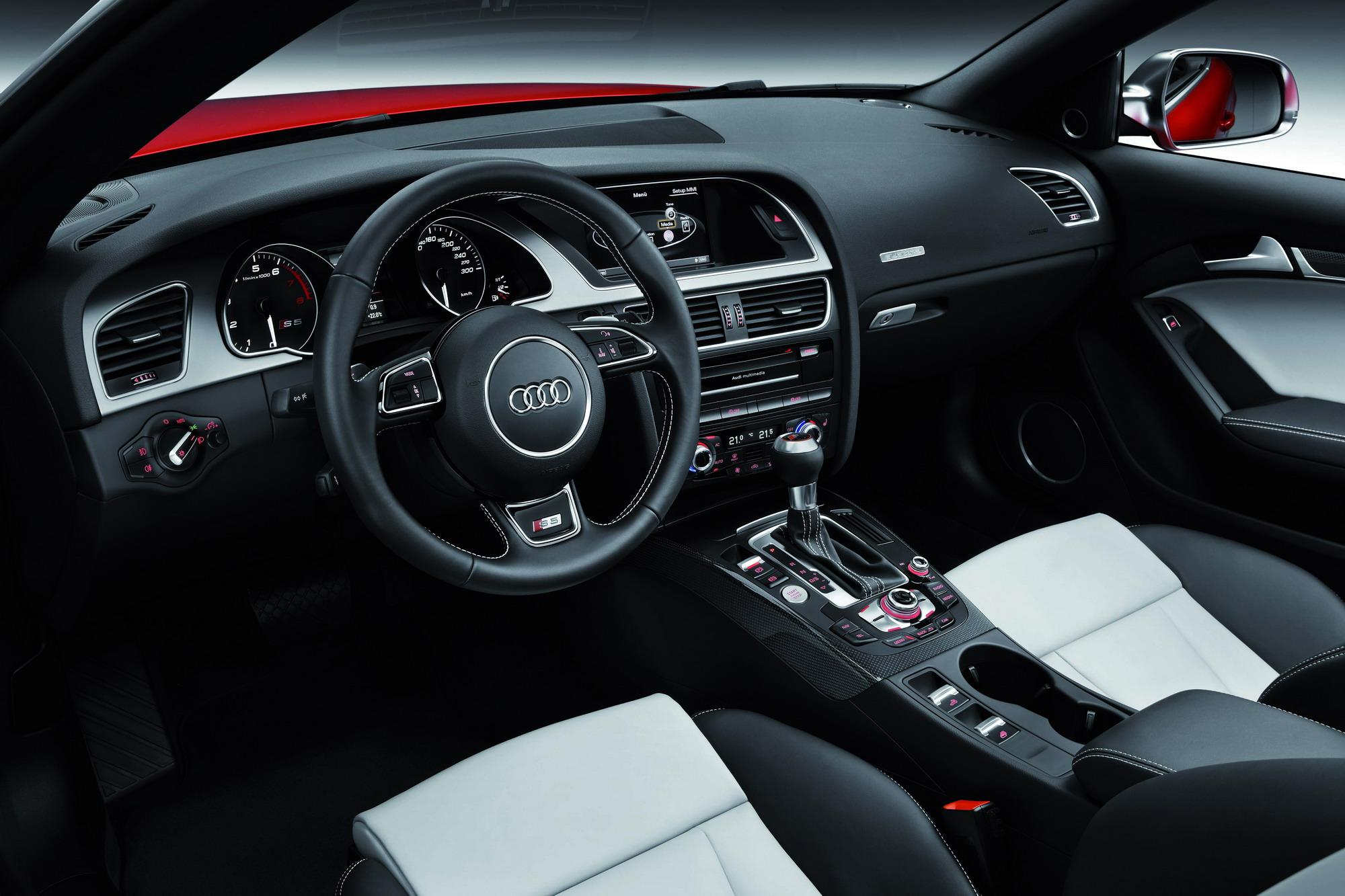 2012 Audi S5 Convertible | Top Speed