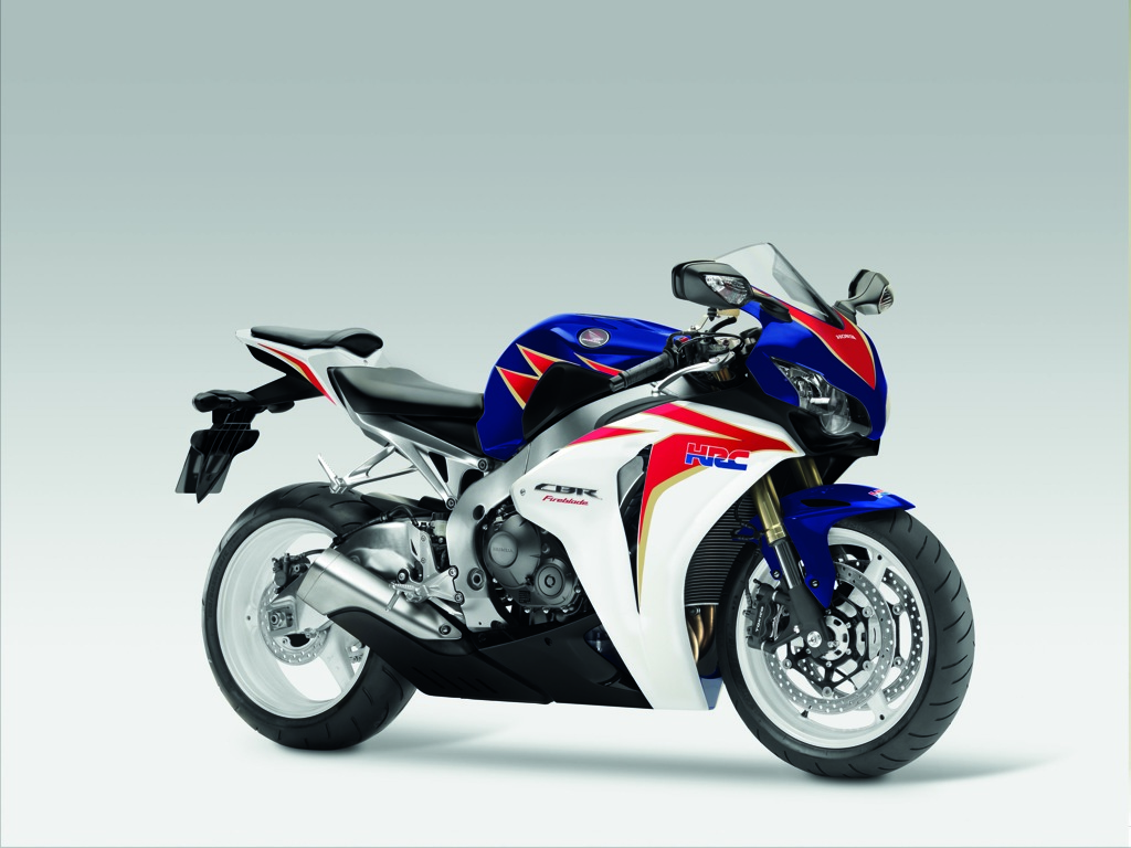 Honda Cbr1000rr Review >> 2011 Honda Cbr1000rr Fireblade Sports Pack Top Speed