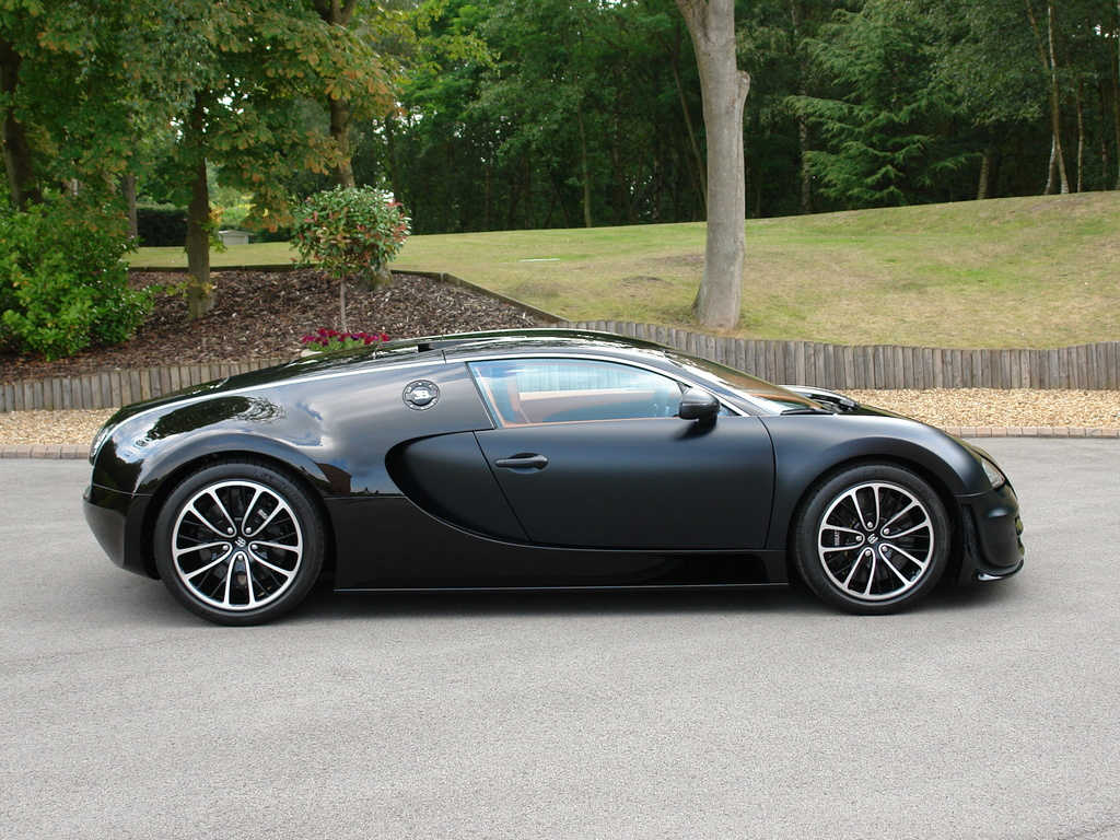 2011 bugatti veyron super sport 39 sang noir 39 review top speed. Black Bedroom Furniture Sets. Home Design Ideas