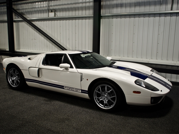 Jenson button 39 s ford gt for sale news top speed for Newspaper wallpaper for sale