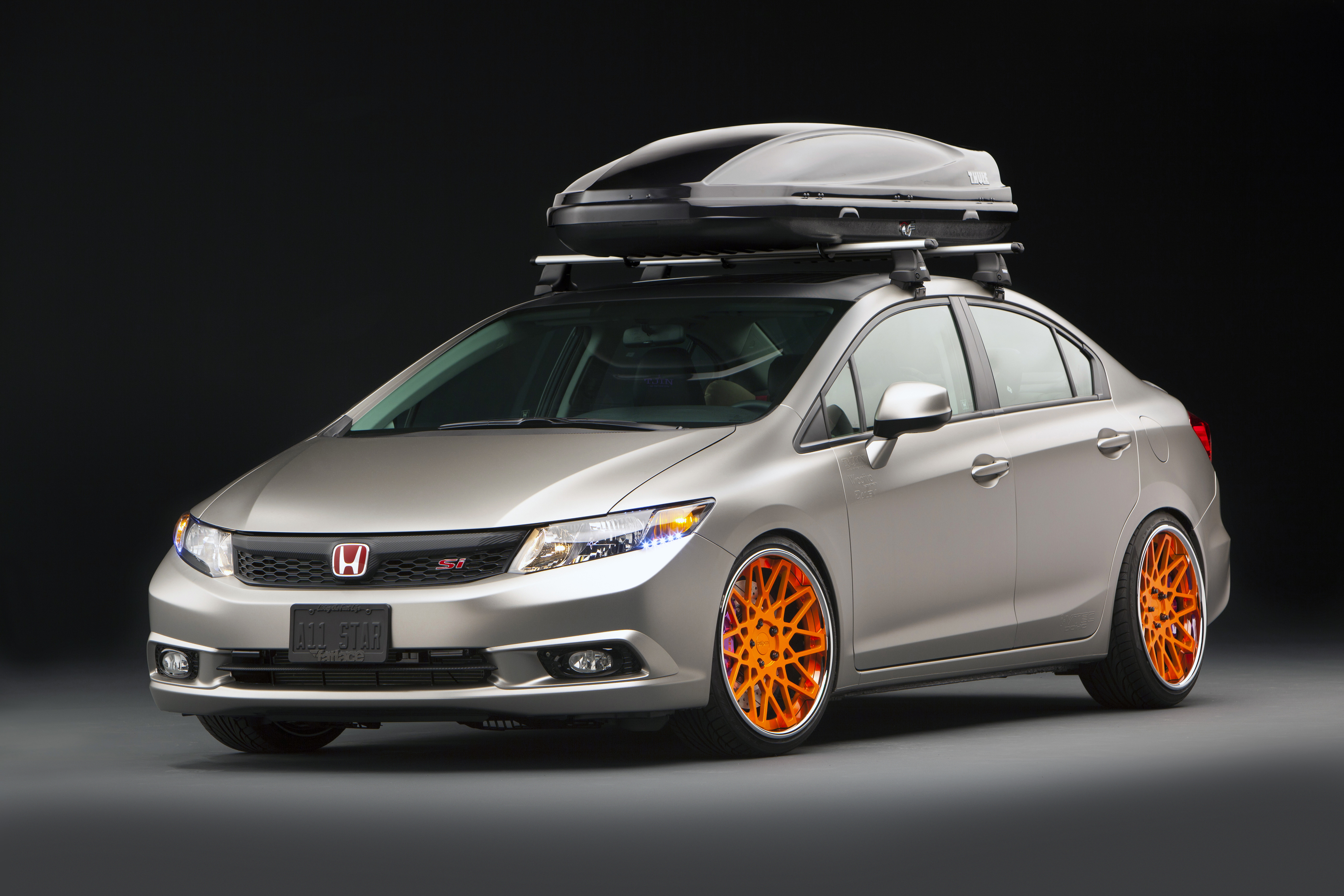 2012 honda civic si tjin edition review gallery top speed. Black Bedroom Furniture Sets. Home Design Ideas