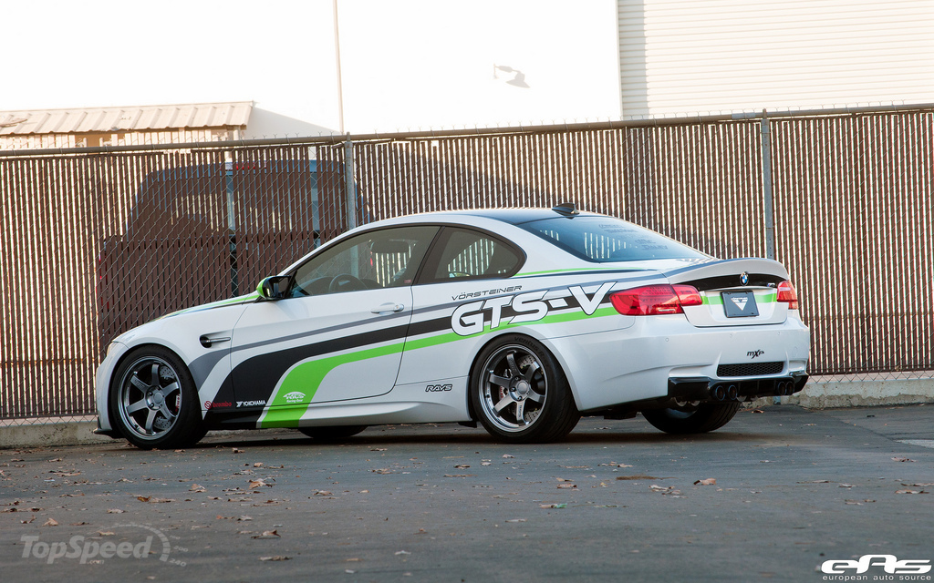 http://pictures.topspeed.com/IMG/jpg/201111/bmw-gts-v-m3-by-vors-2w.jpg