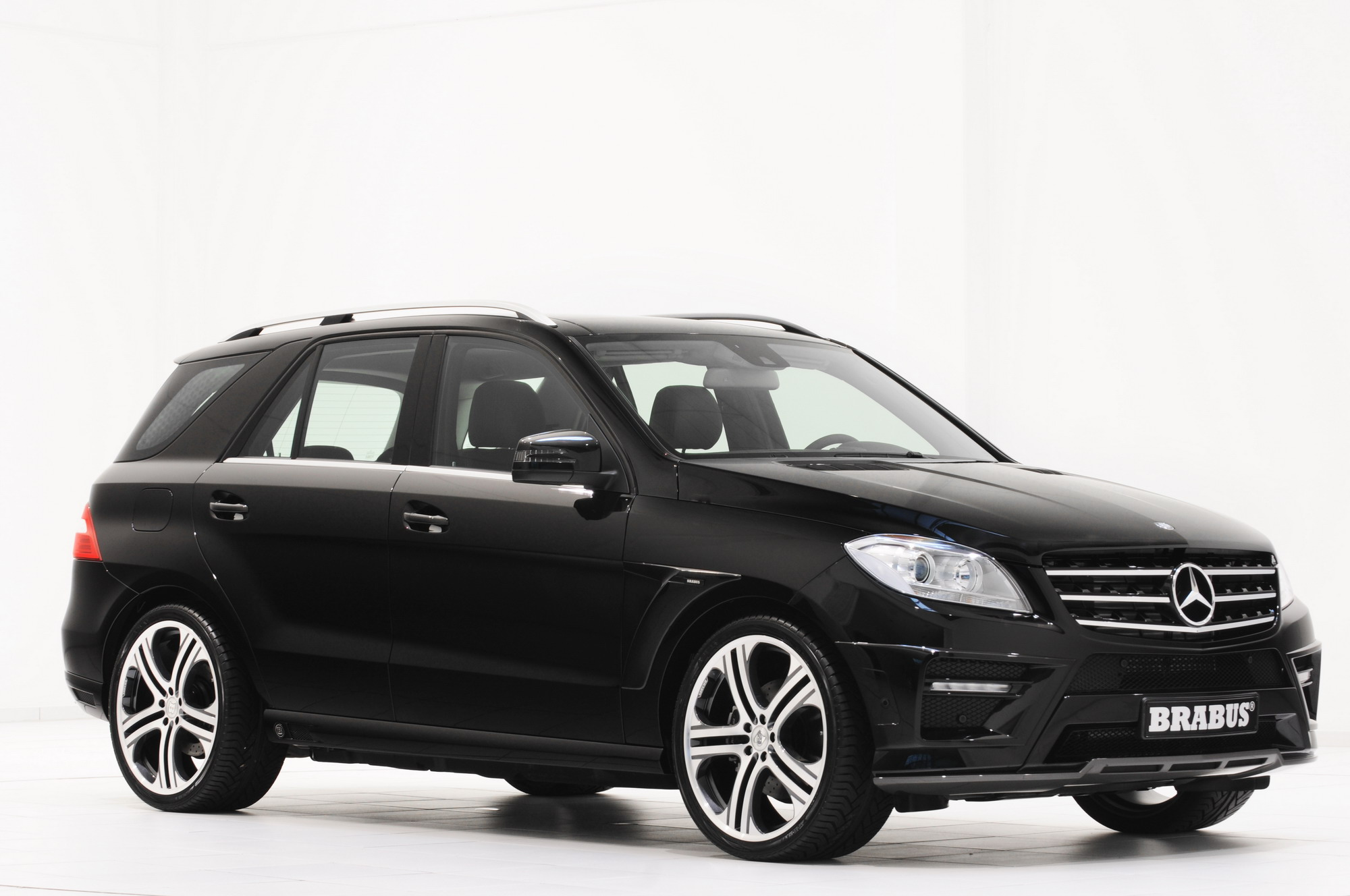 2012 mercedes ml class by brabus top speed. Black Bedroom Furniture Sets. Home Design Ideas