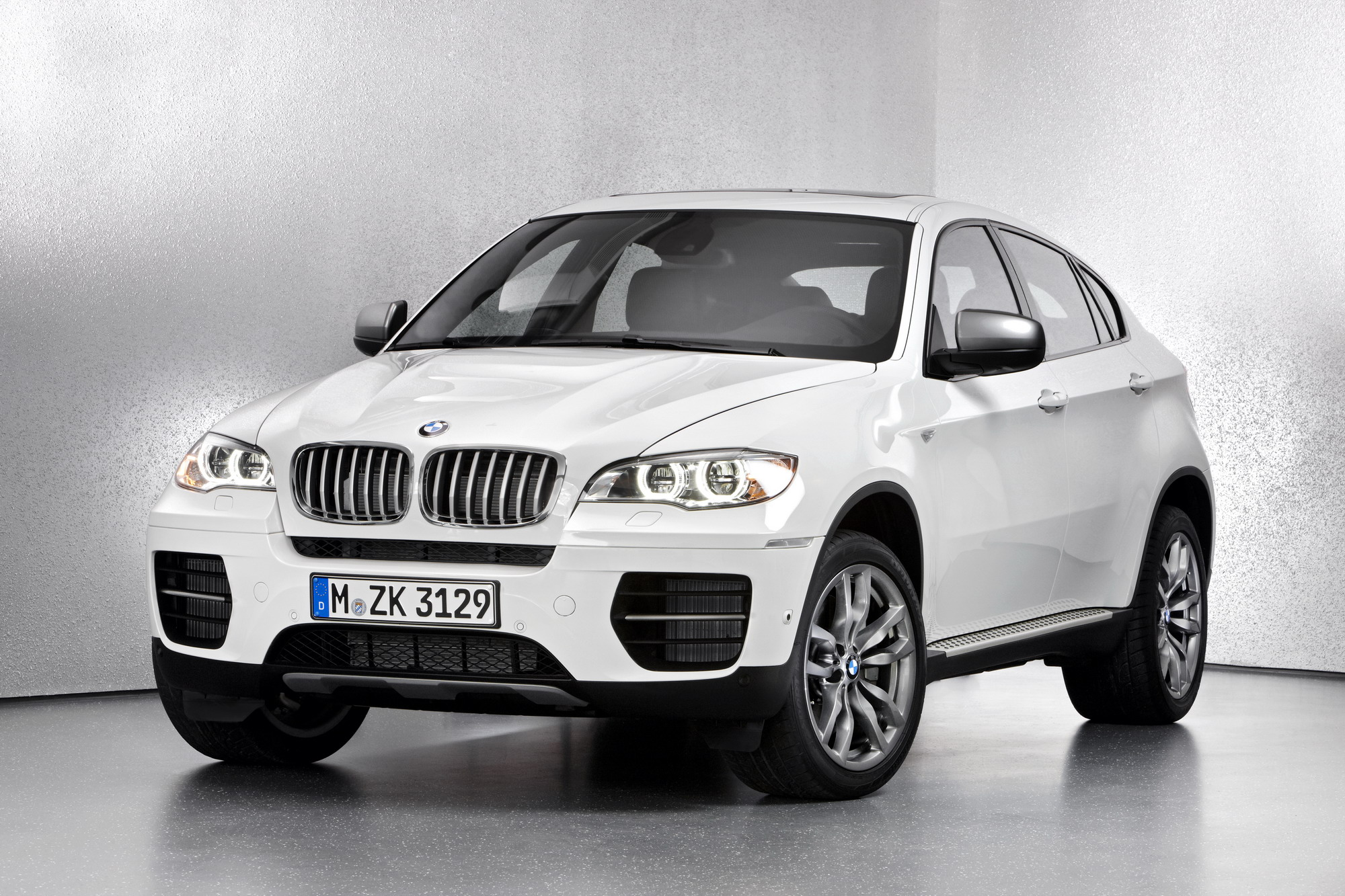 2013 Bmw X6 M50d Top Speed