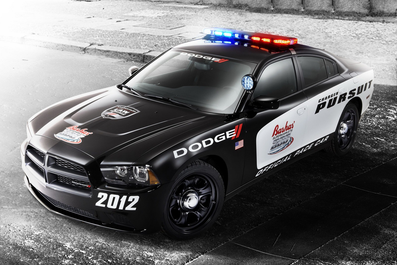 2012 dodge charger pursuit pace car review top speed. Black Bedroom Furniture Sets. Home Design Ideas