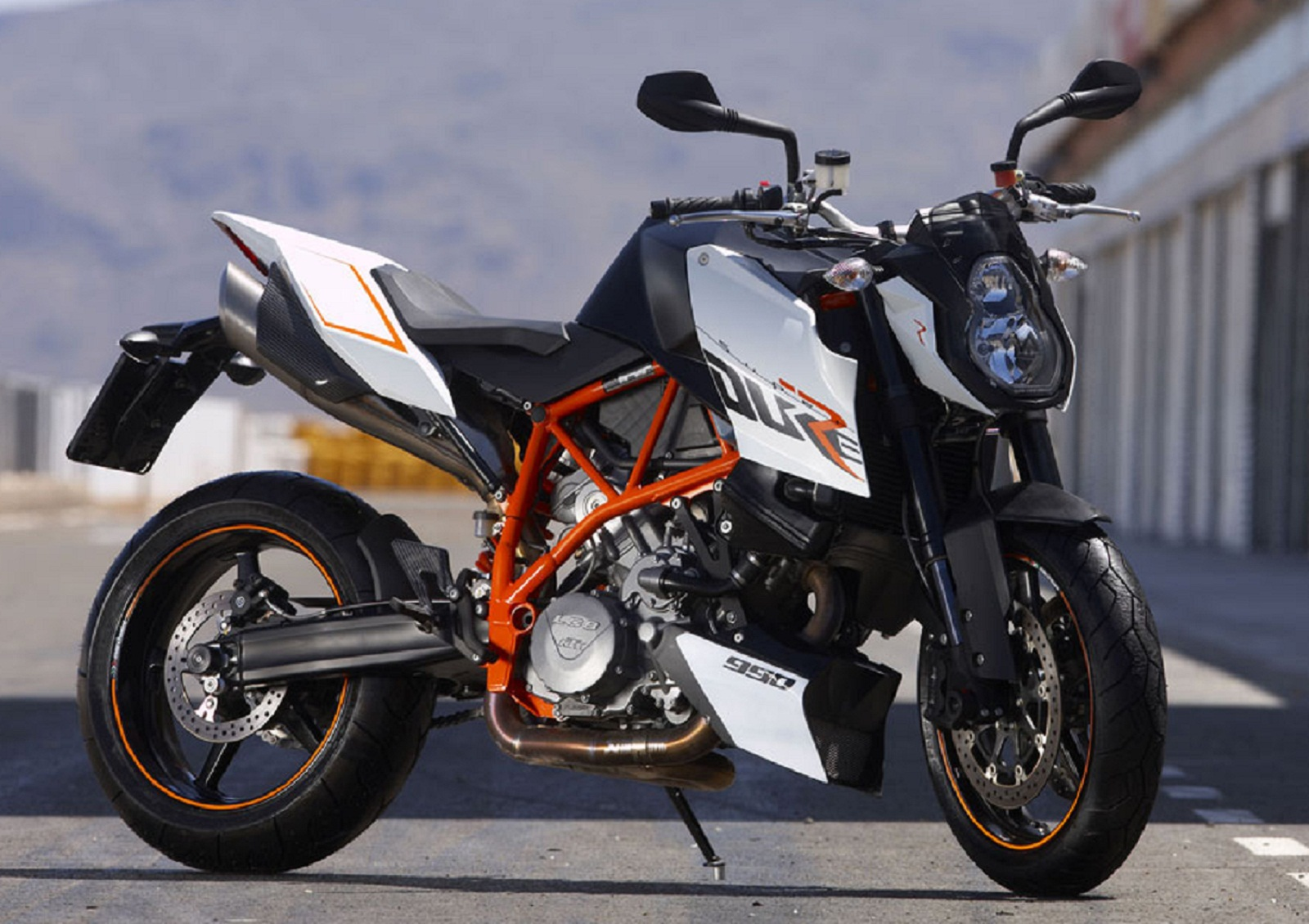 2012 KTM 990 SM R Pictures, Photos, Wallpapers. | Top Speed