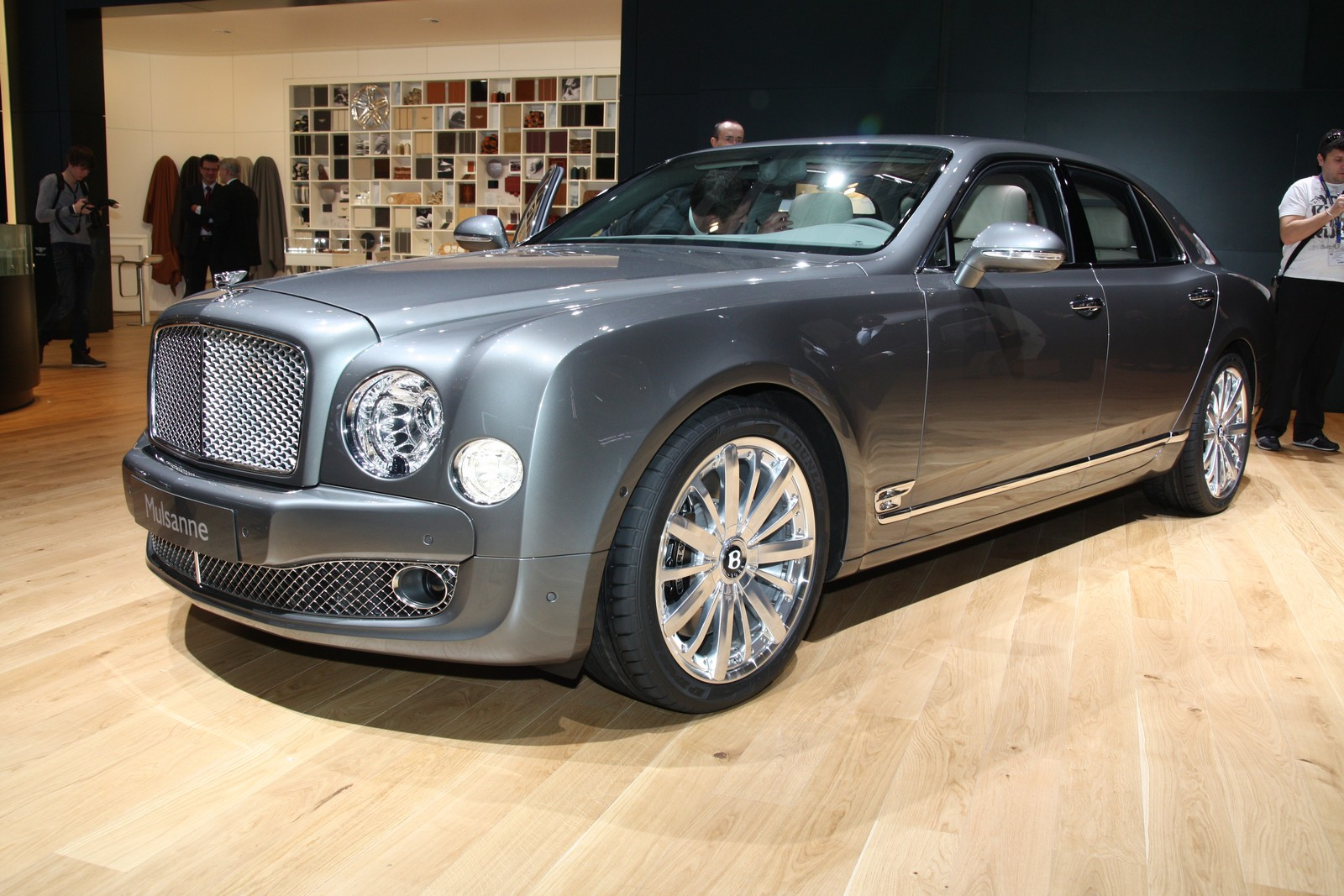 2012 bentley mulsanne mulliner driving specification top for Bentley motors limited dream cars
