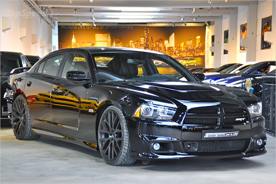 dodge-charger-srt8-b-3w.jpg