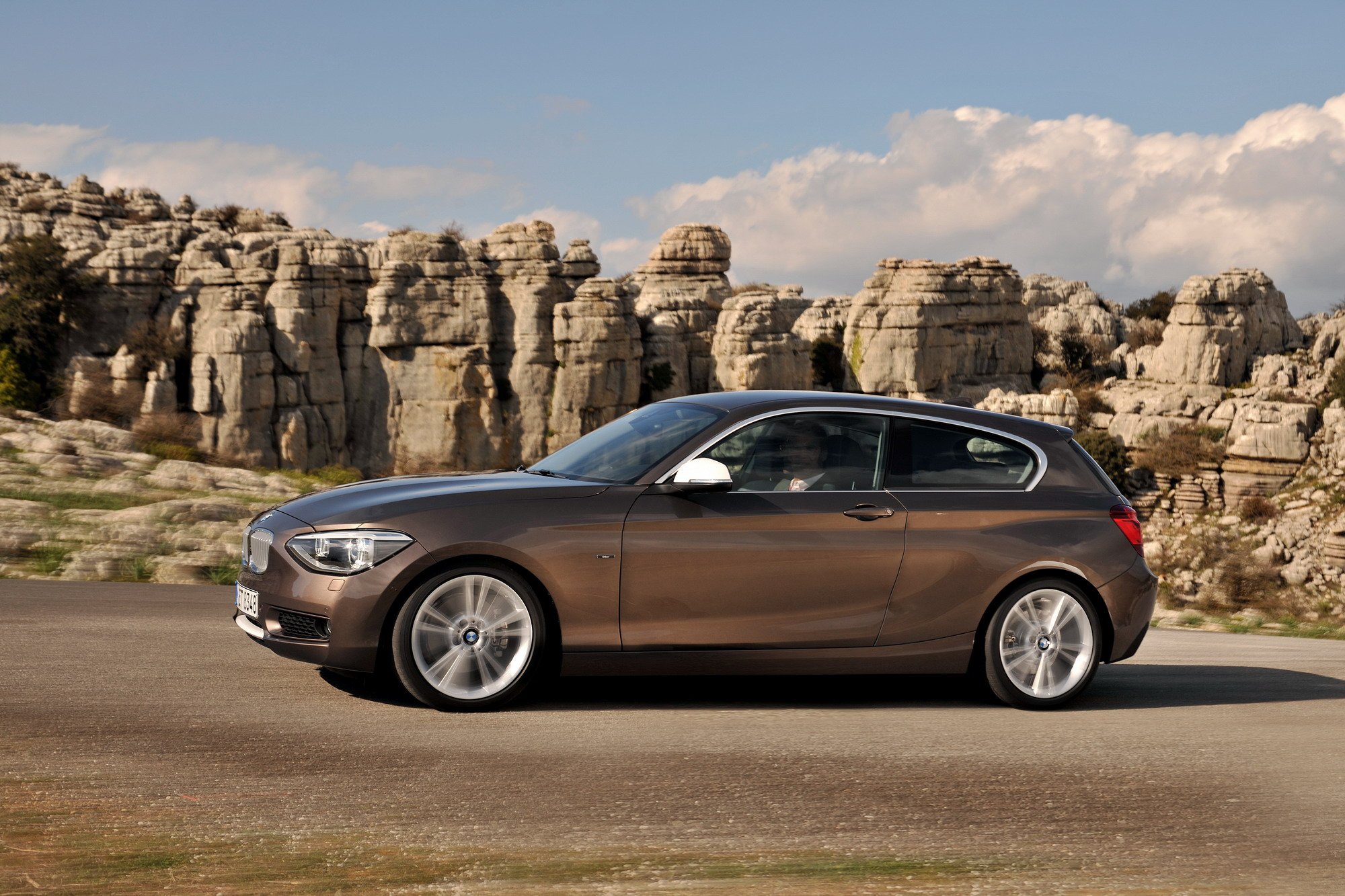 2013 BMW 1-Series 3-Door | Top Speed