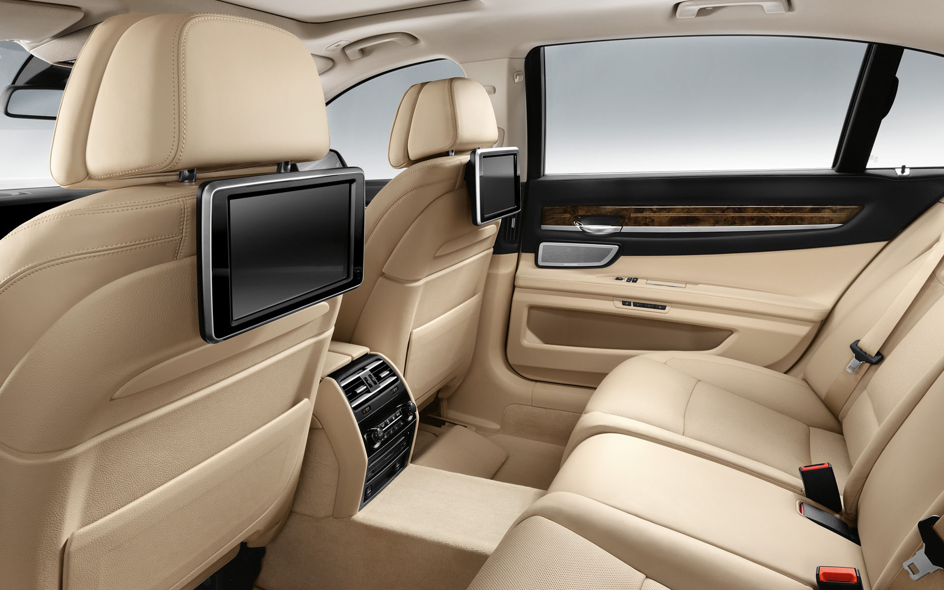 2014 BMW 7 Series Individual Final Edition Review
