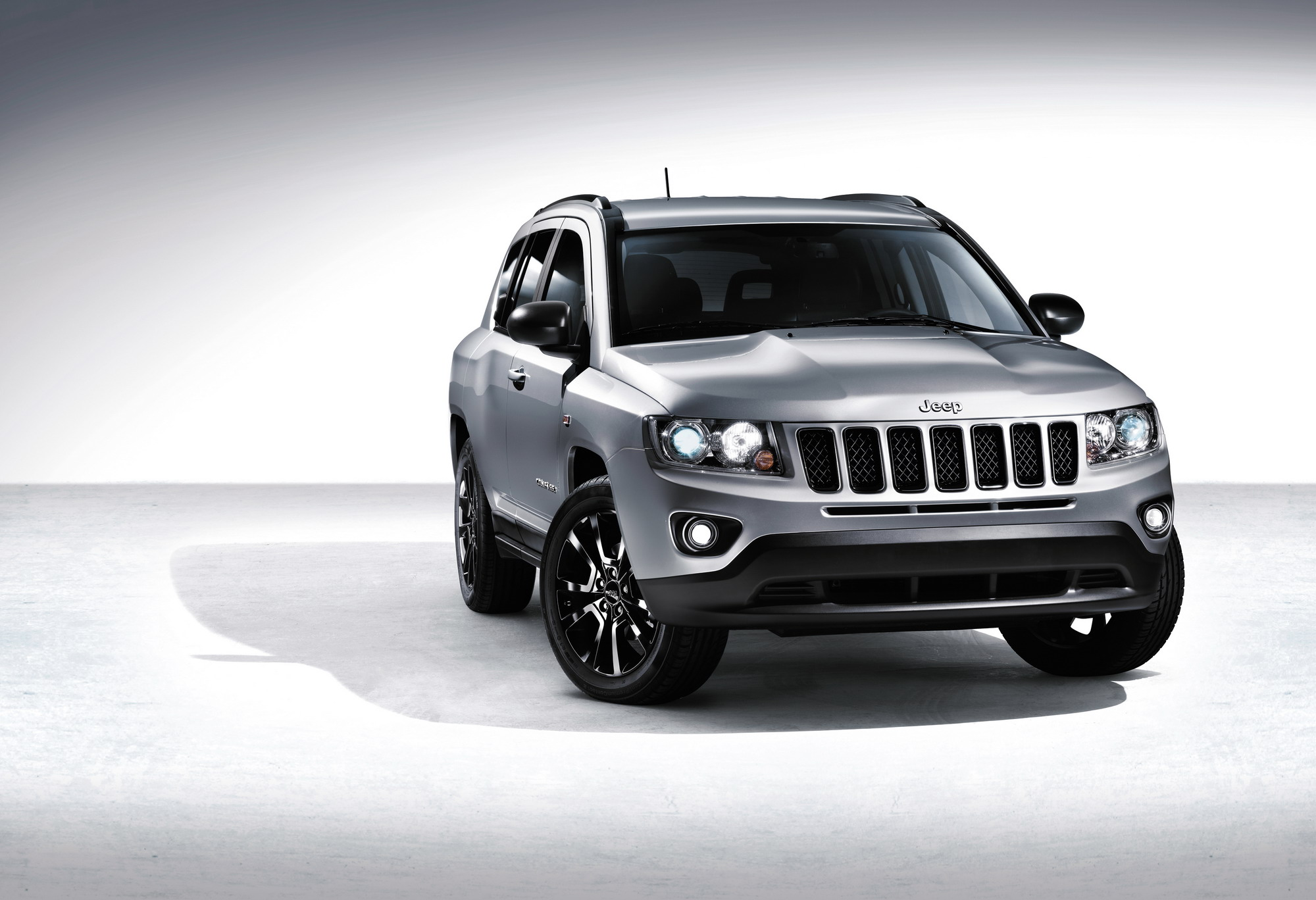 2012 jeep compass black edition review top speed. Black Bedroom Furniture Sets. Home Design Ideas