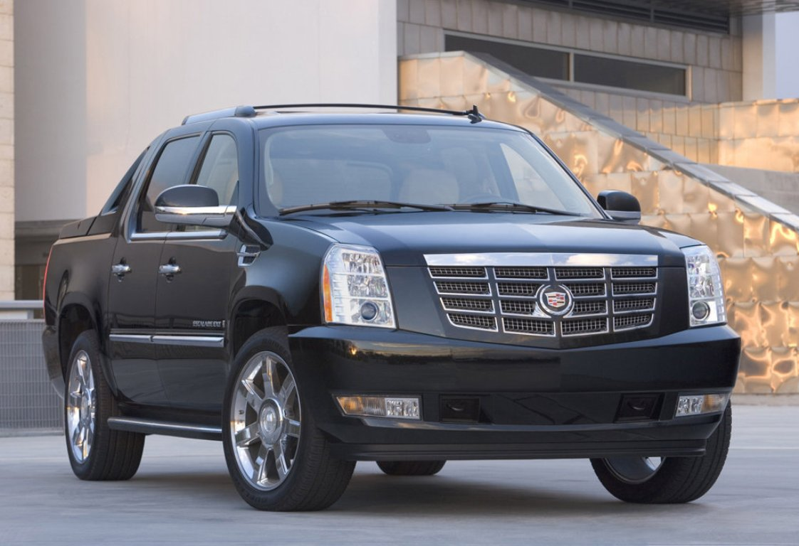 The first generation escalade ext was launched in 2002 and shared the same underpinnings with the chevrolet avalanche