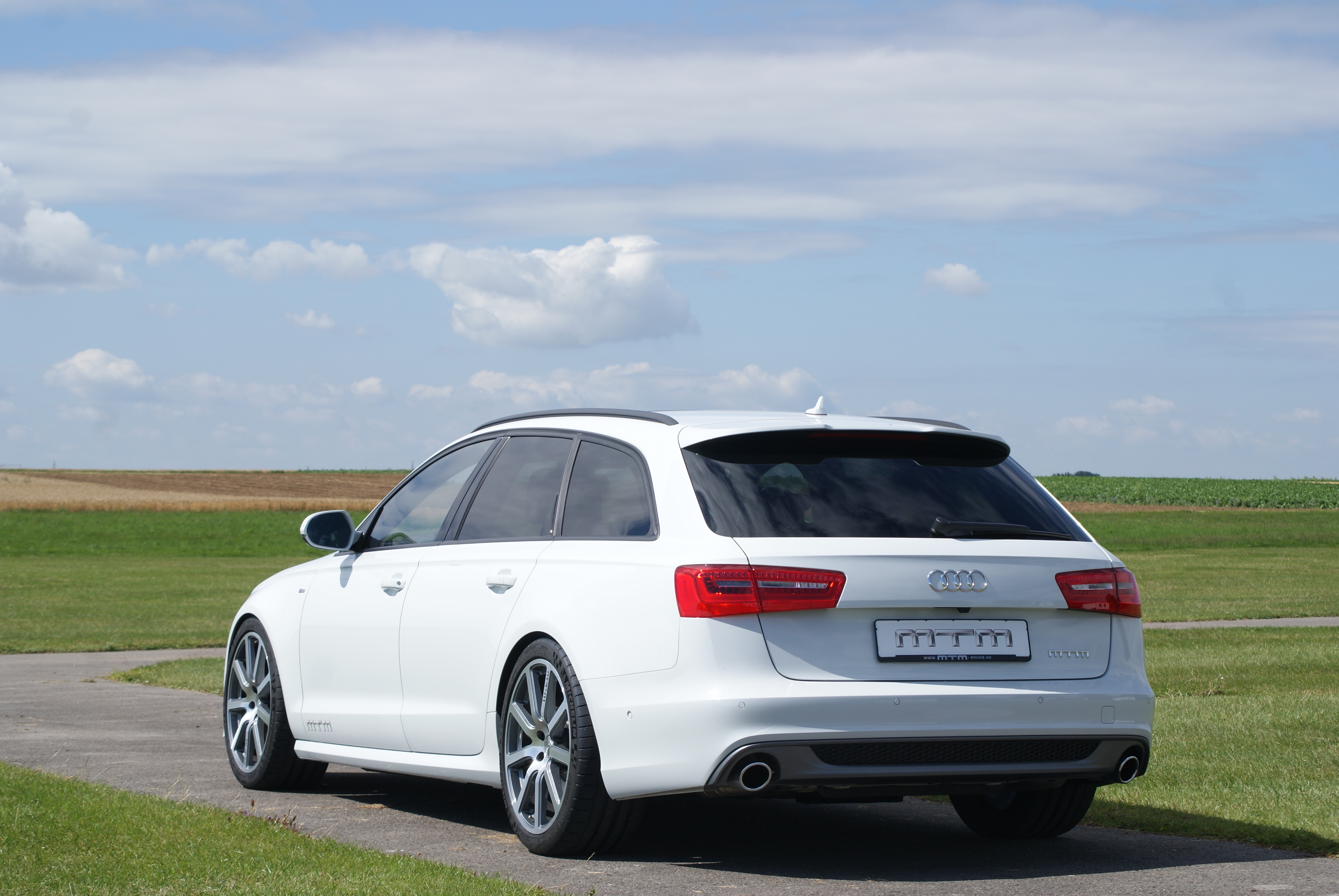 2013 audi a6 3 0 bitdi by mtm review top speed. Black Bedroom Furniture Sets. Home Design Ideas
