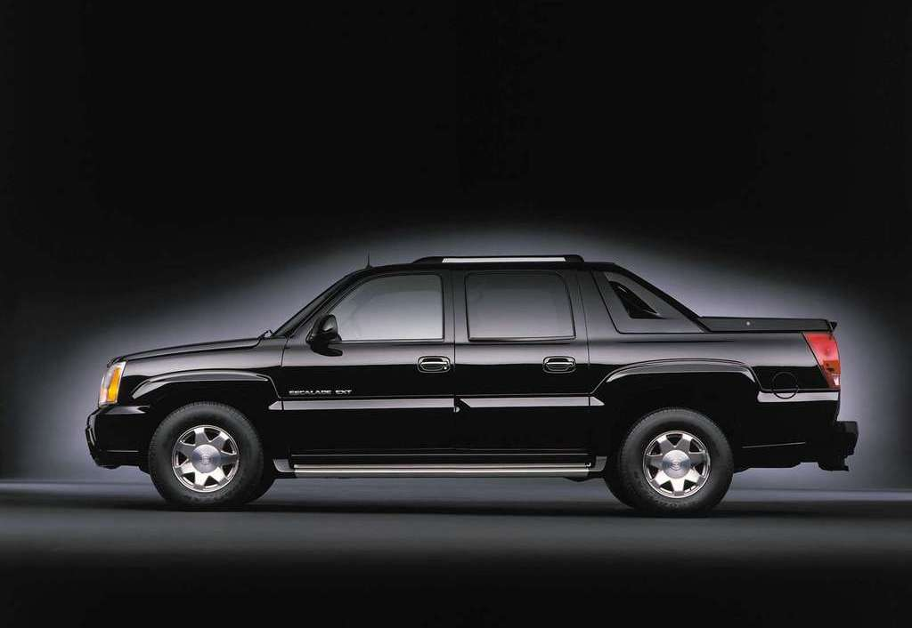 cadillac escalade ext review top speed. Black Bedroom Furniture Sets. Home Design Ideas
