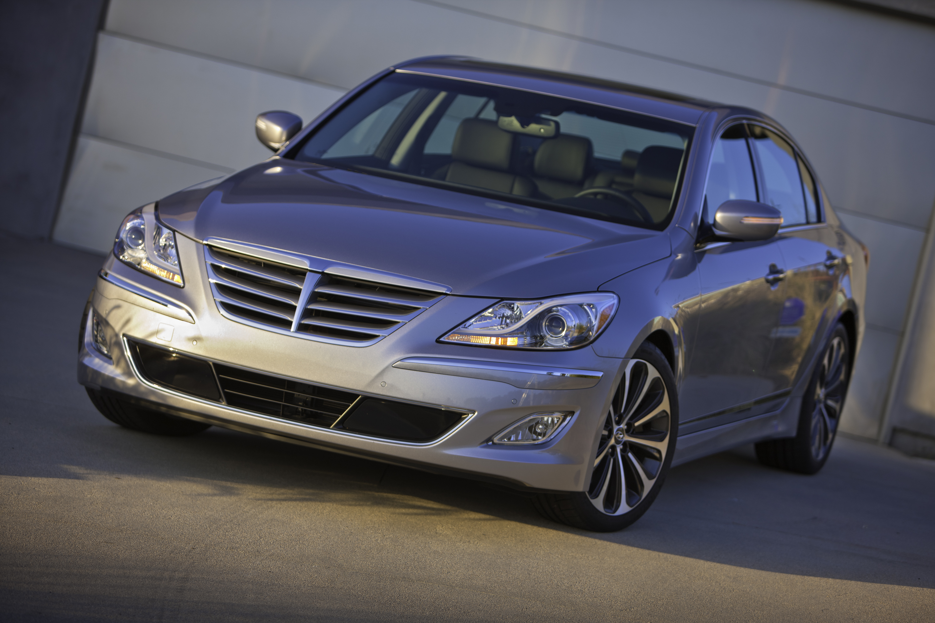2013 Hyundai Genesis Sedan | Top Speed. »