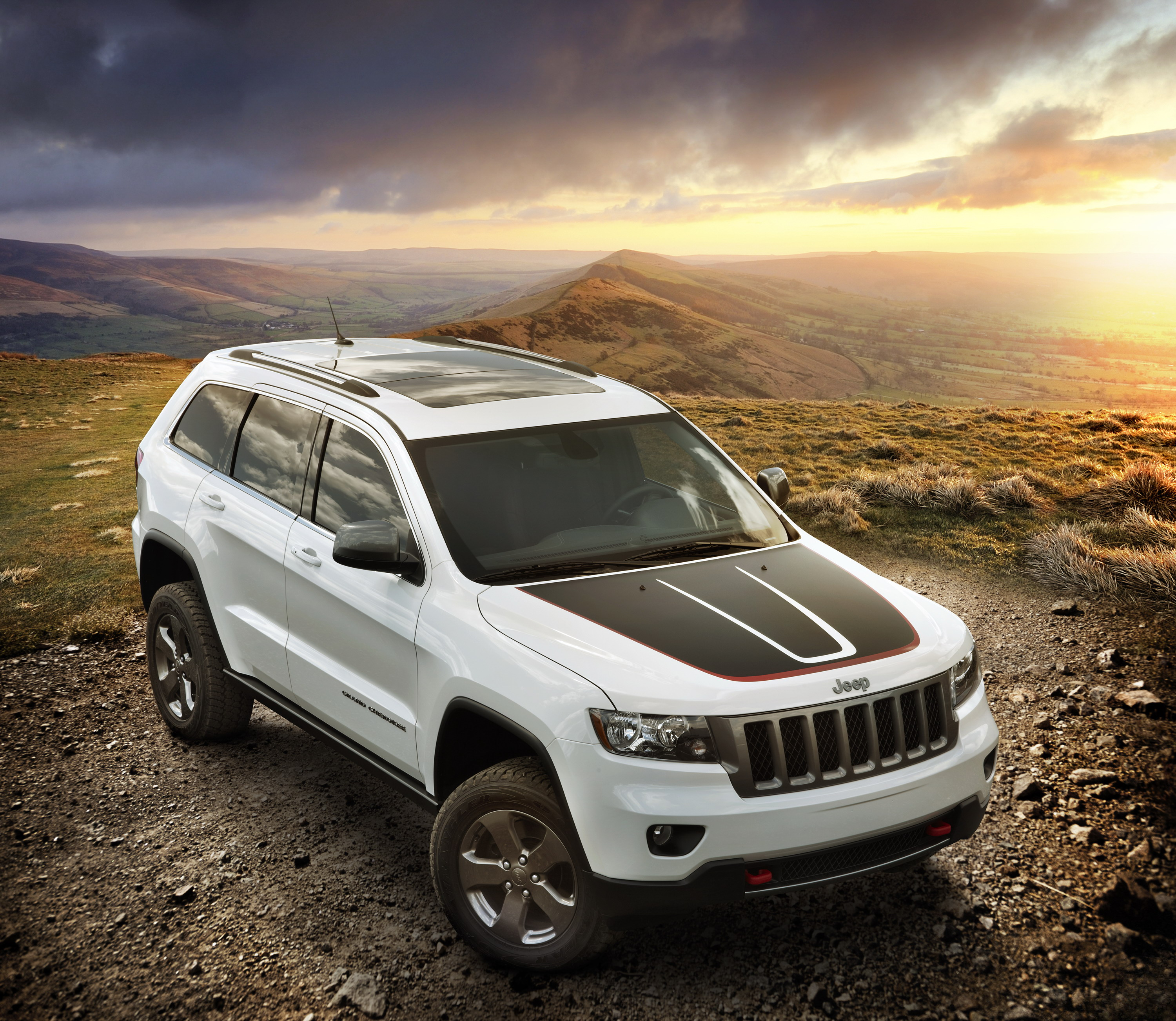 2013 jeep grand cherokee trailhawk top speed. Black Bedroom Furniture Sets. Home Design Ideas