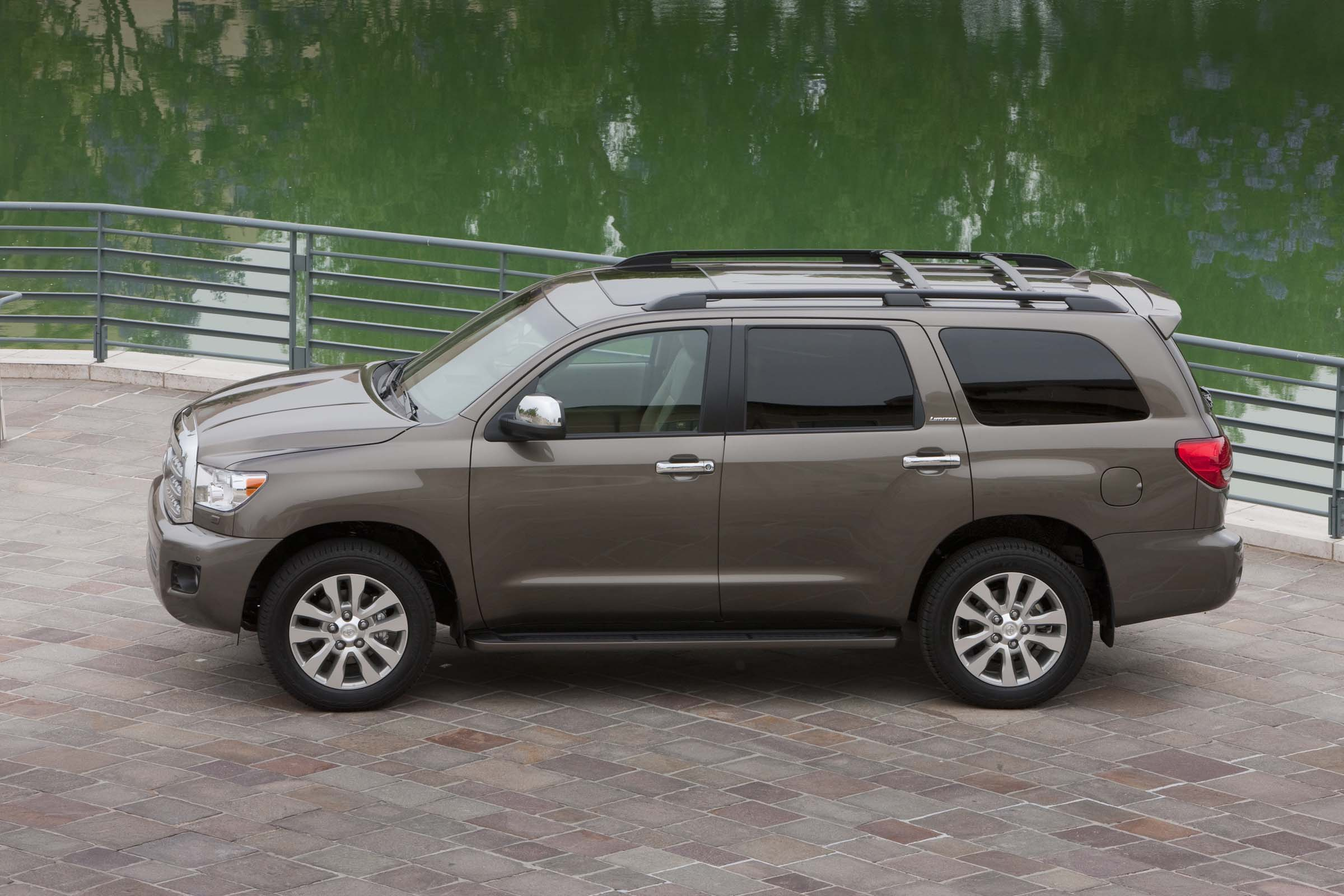 2013 toyota sequoia top speed. Black Bedroom Furniture Sets. Home Design Ideas