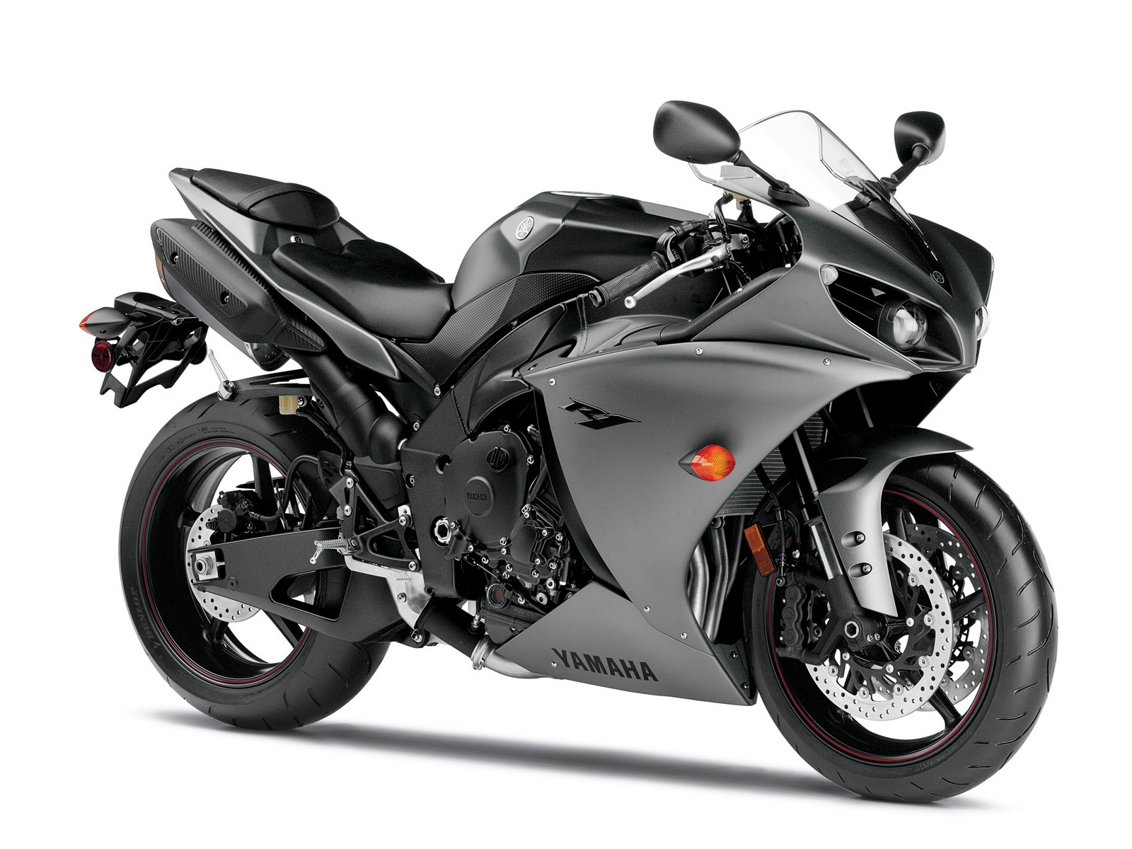 2013 yamaha yzf r1 review gallery top speed. Black Bedroom Furniture Sets. Home Design Ideas