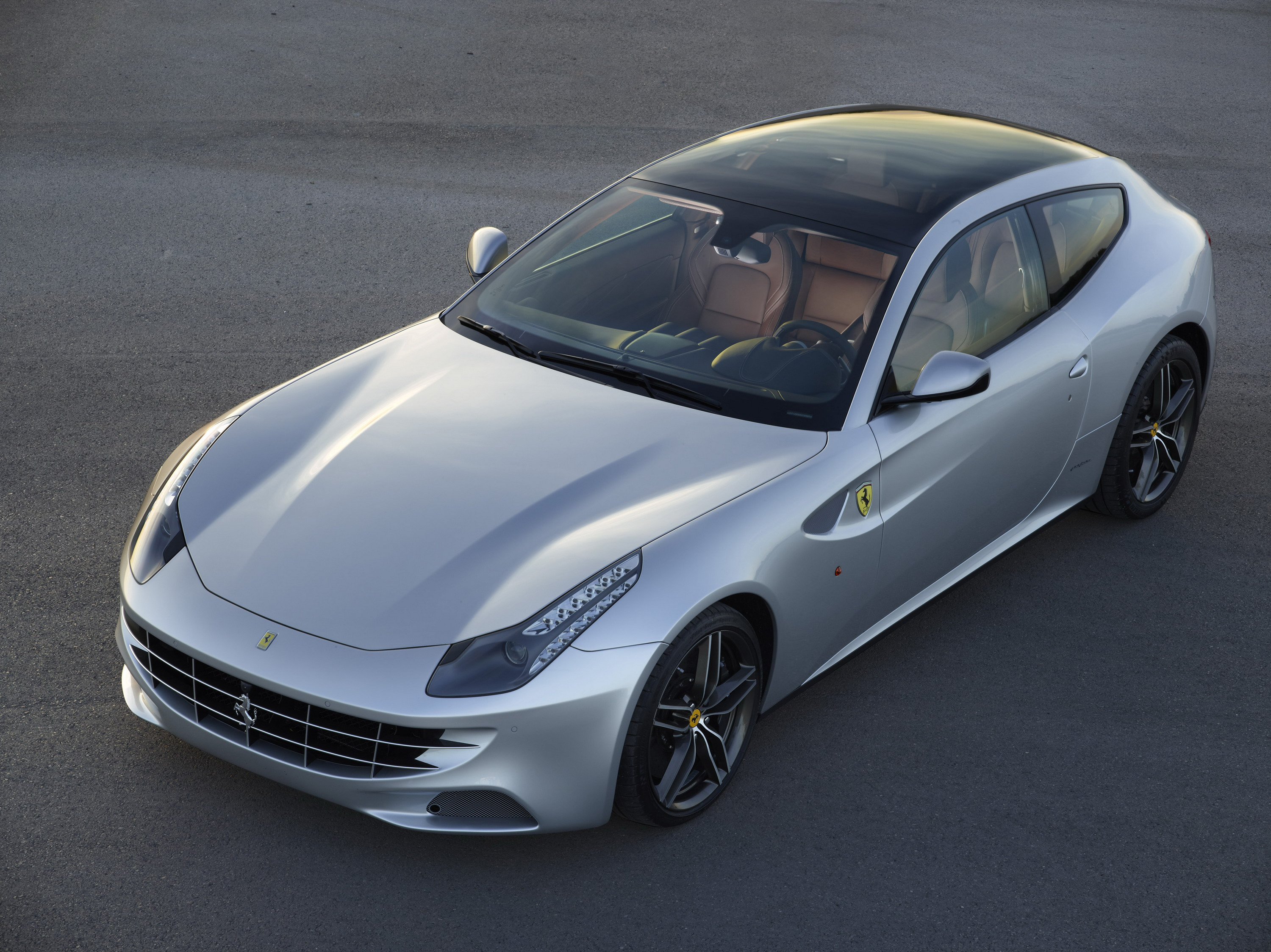 Superieur Ferrari FF Debuts A Glass Roof In Paris News   Top Speed. »