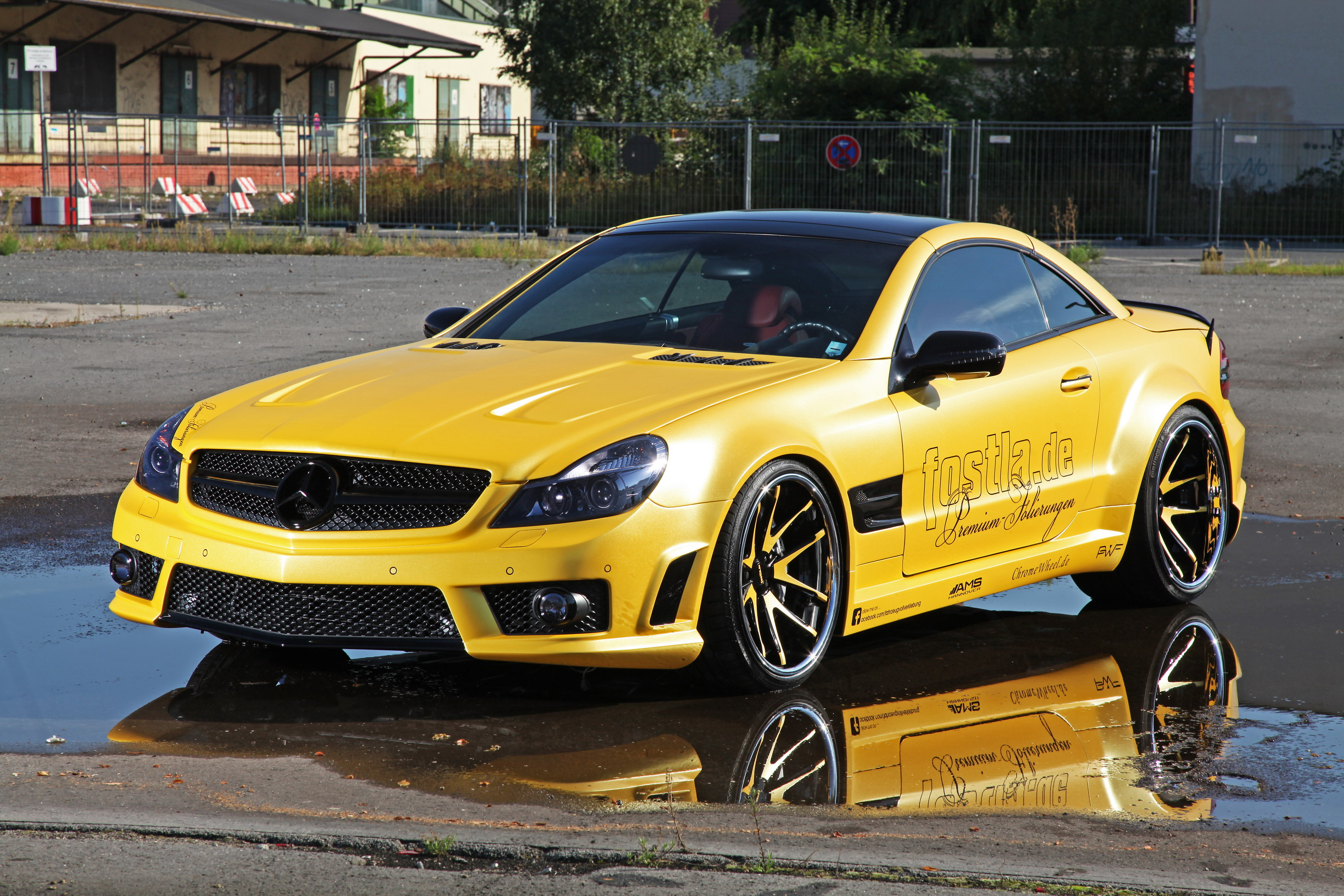 2012 mercedes benz sl 55 amg liquid gold by top speed. Black Bedroom Furniture Sets. Home Design Ideas
