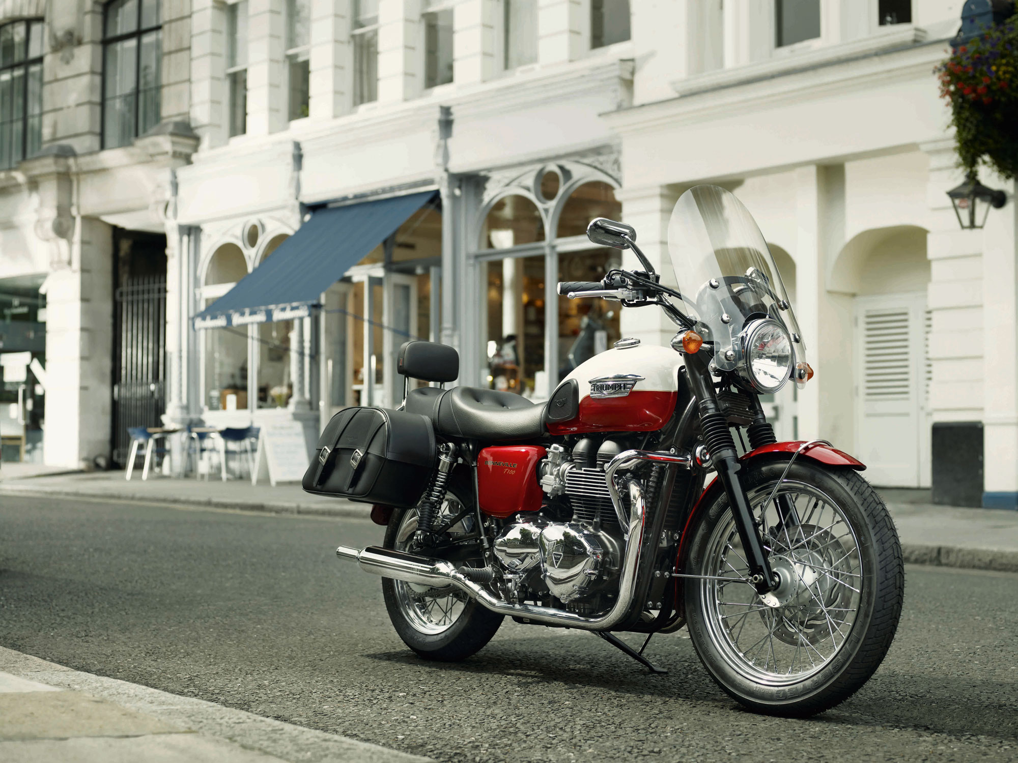 2013 Triumph Bonneville T100 | Top Speed