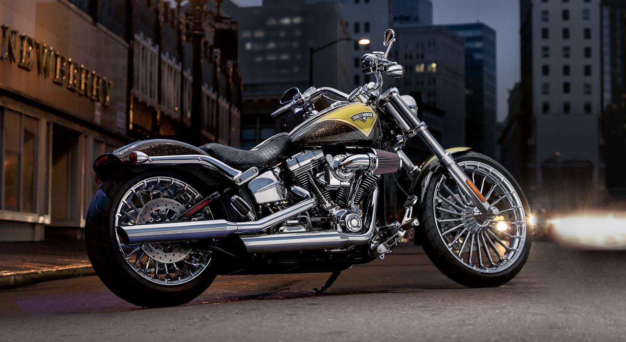 2013 harley davidson fxsbse cvo breakout gallery 1 photos back to article photos 1 download