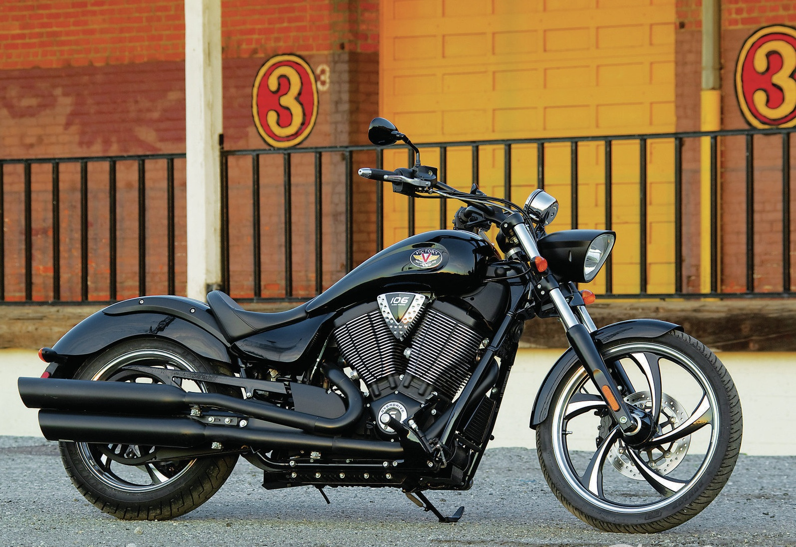 2013 Victory Vegas 8-Ball | Top Speed