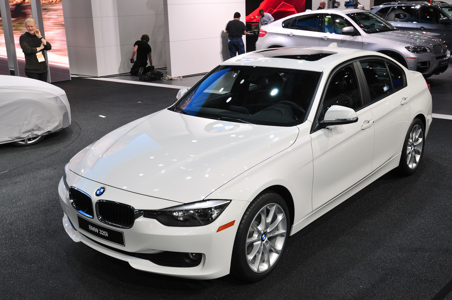 2013 Bmw 320i Sedan Top Speed