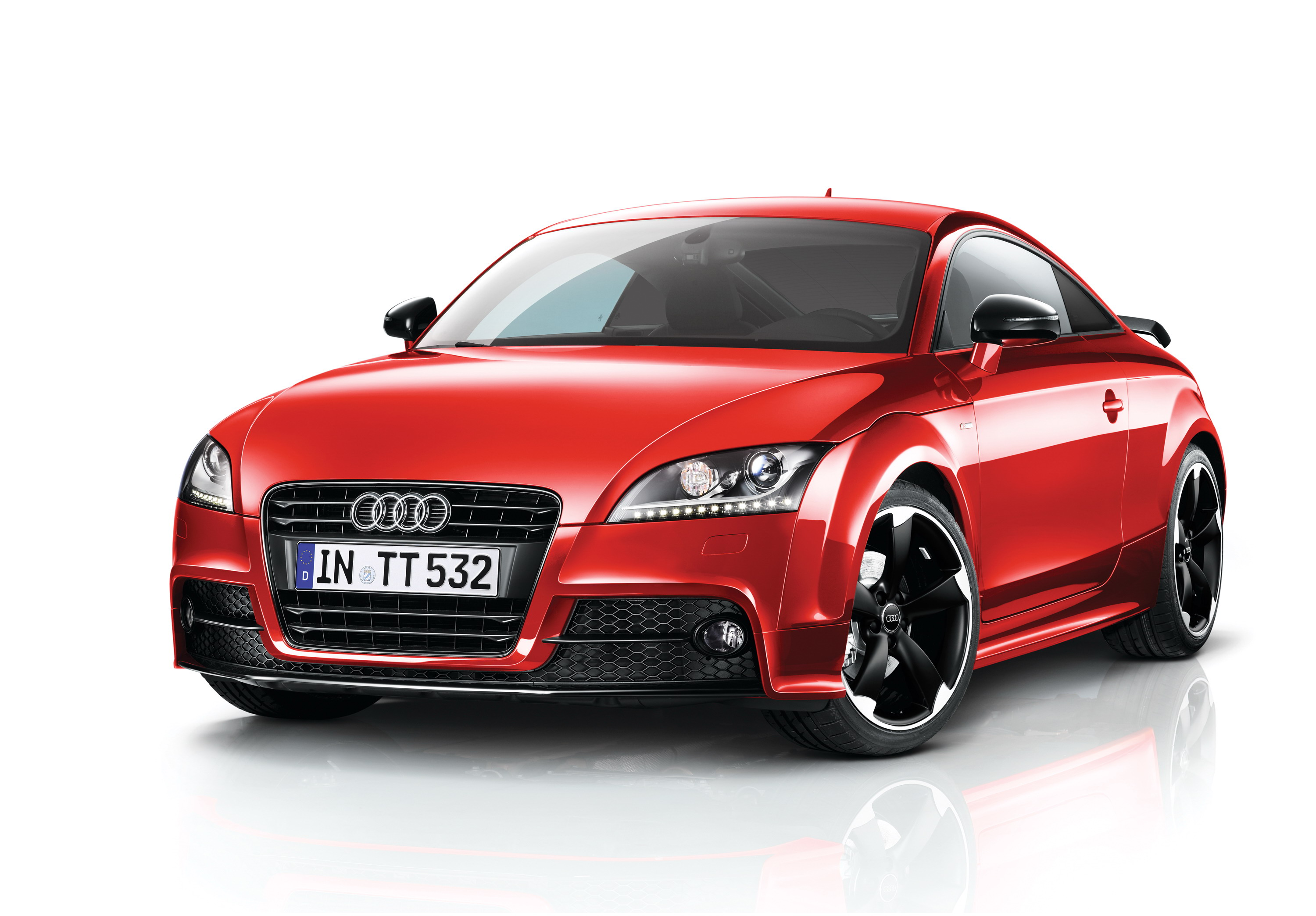 2013 audi tt coupe and roadster black edition review top. Black Bedroom Furniture Sets. Home Design Ideas